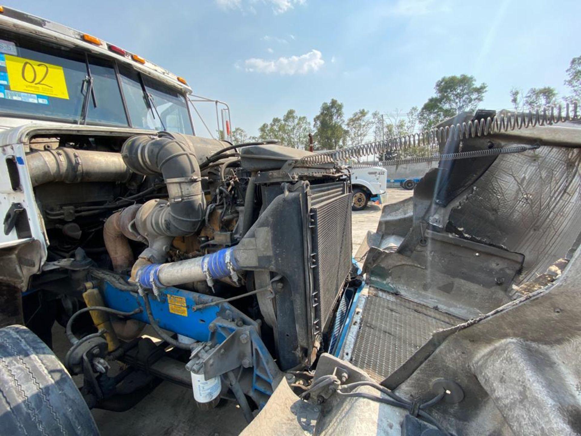 1999 Kenworth Sleeper truck tractor, standard transmission of 18 speeds - Image 58 of 75