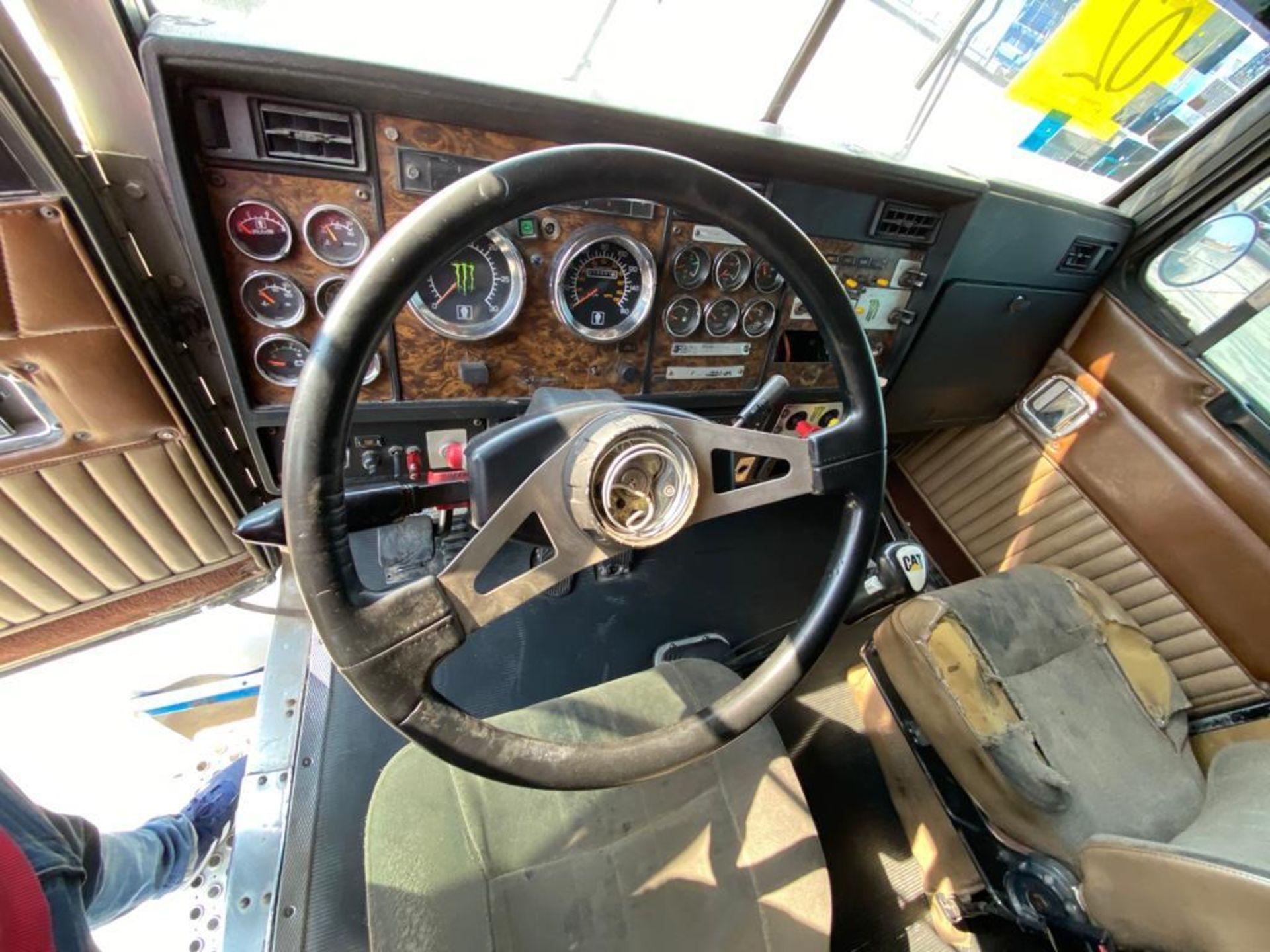 1999 Kenworth Sleeper truck tractor, standard transmission of 18 speeds - Image 48 of 75