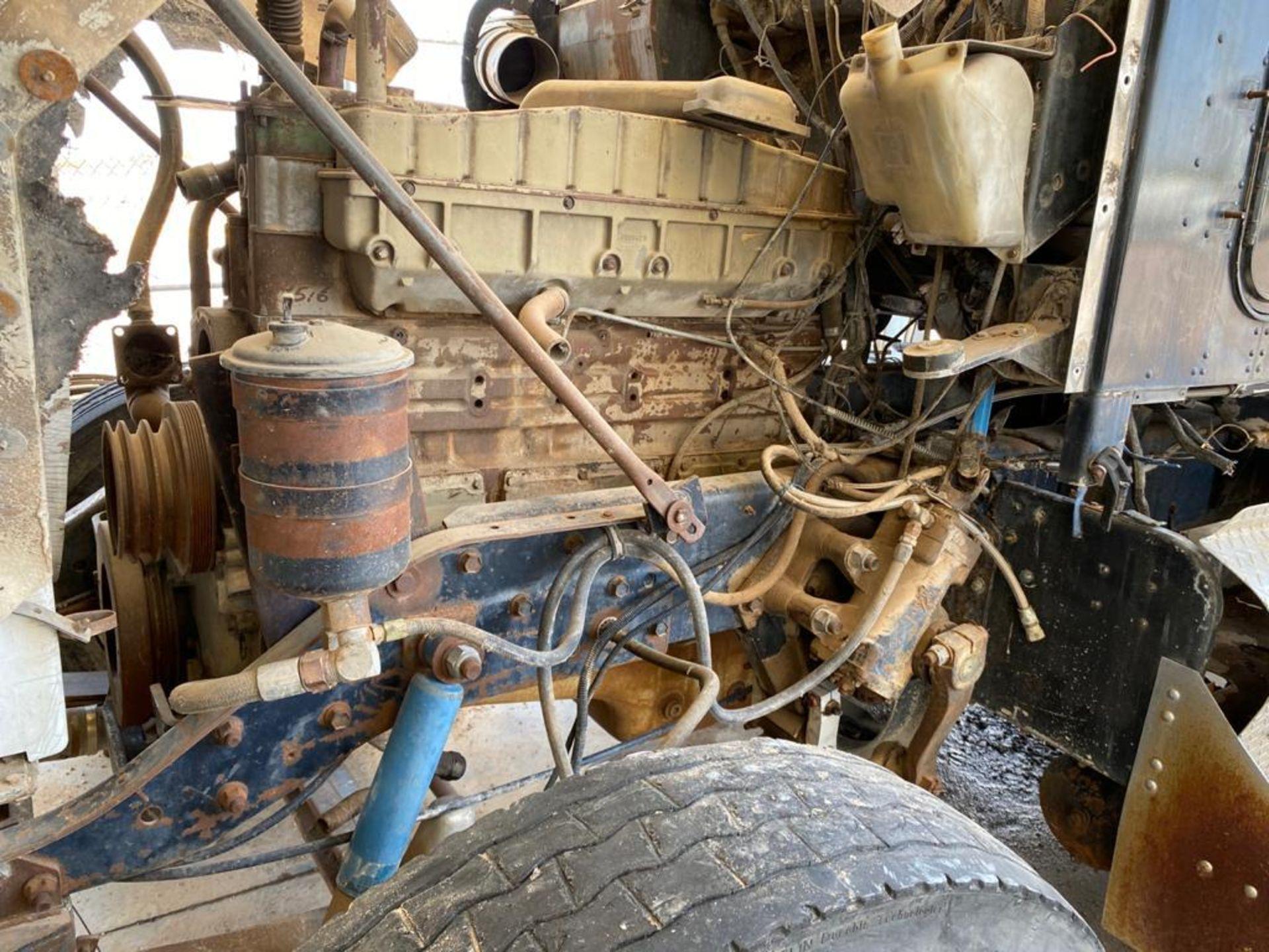 1983 Kenworth Dump Truck, standard transmission of 10 speeds, with Cummins motor - Image 42 of 68