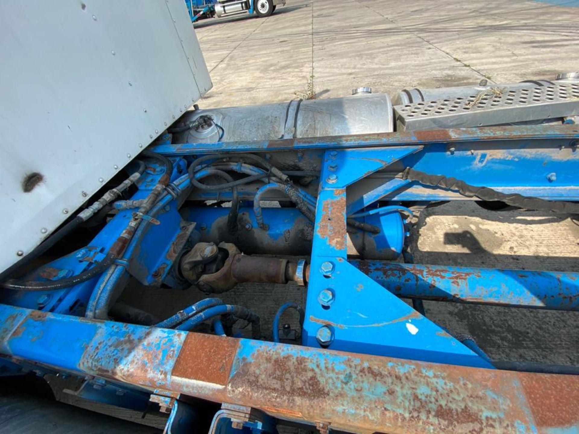 1999 Kenworth Sleeper truck tractor, standard transmission of 18 speeds - Image 15 of 75