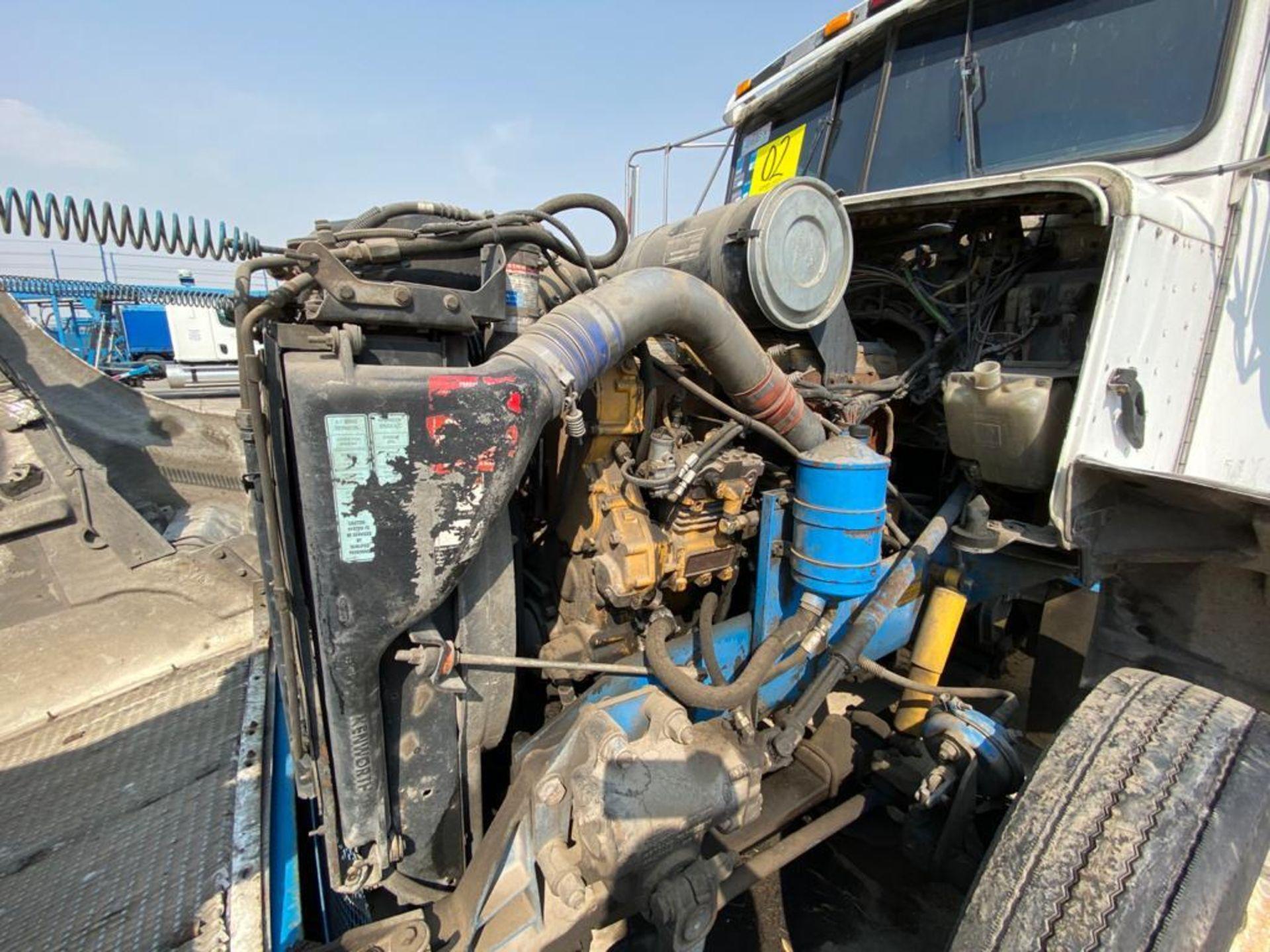 1999 Kenworth Sleeper truck tractor, standard transmission of 18 speeds - Image 66 of 75