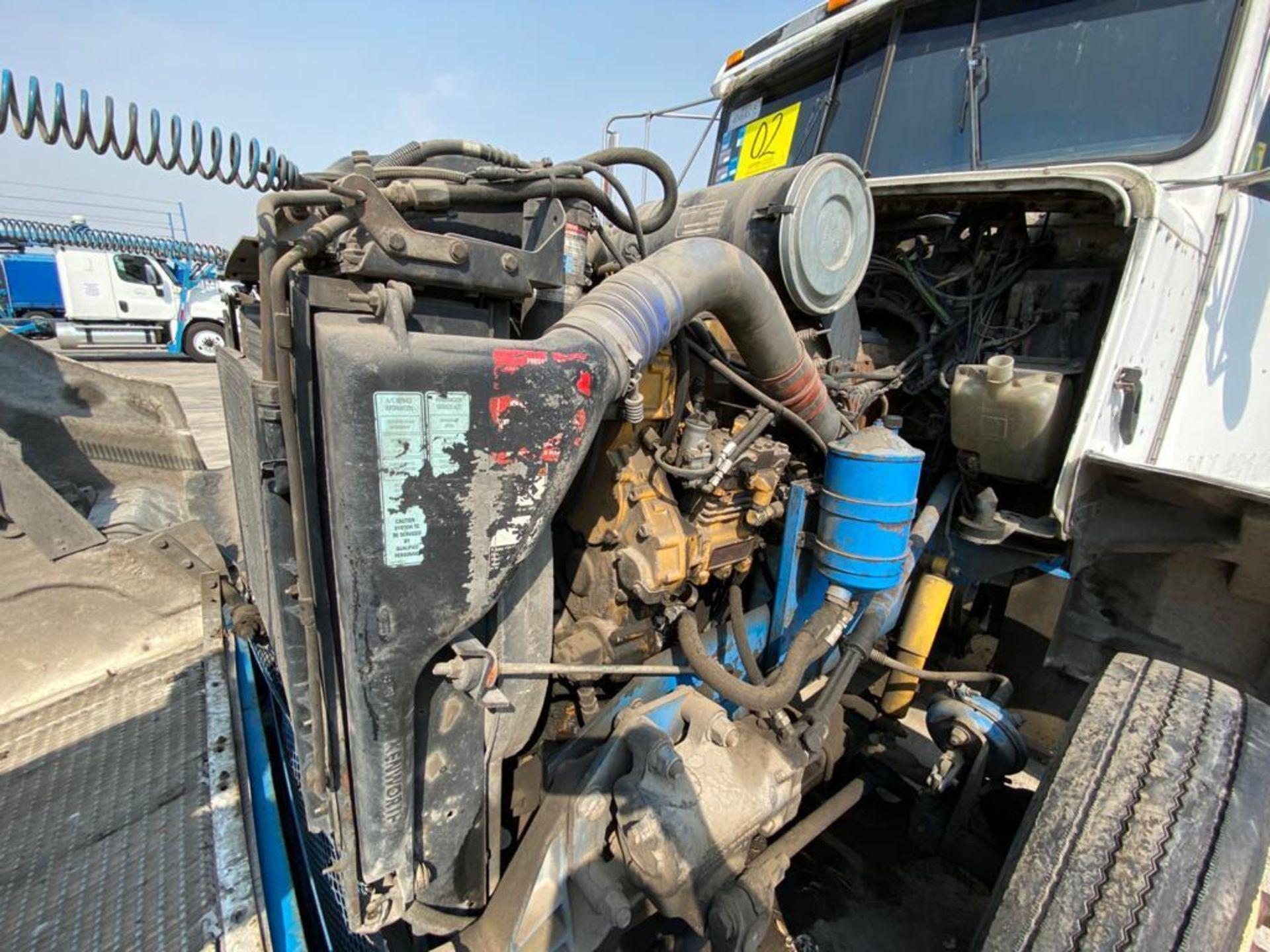 1999 Kenworth Sleeper truck tractor, standard transmission of 18 speeds - Image 61 of 75