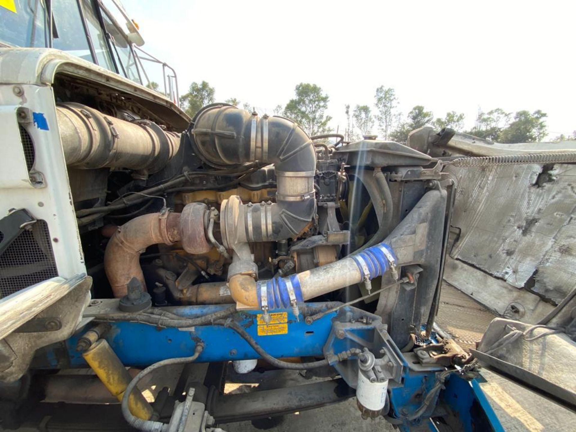 1999 Kenworth Sleeper truck tractor, standard transmission of 18 speeds - Image 71 of 75