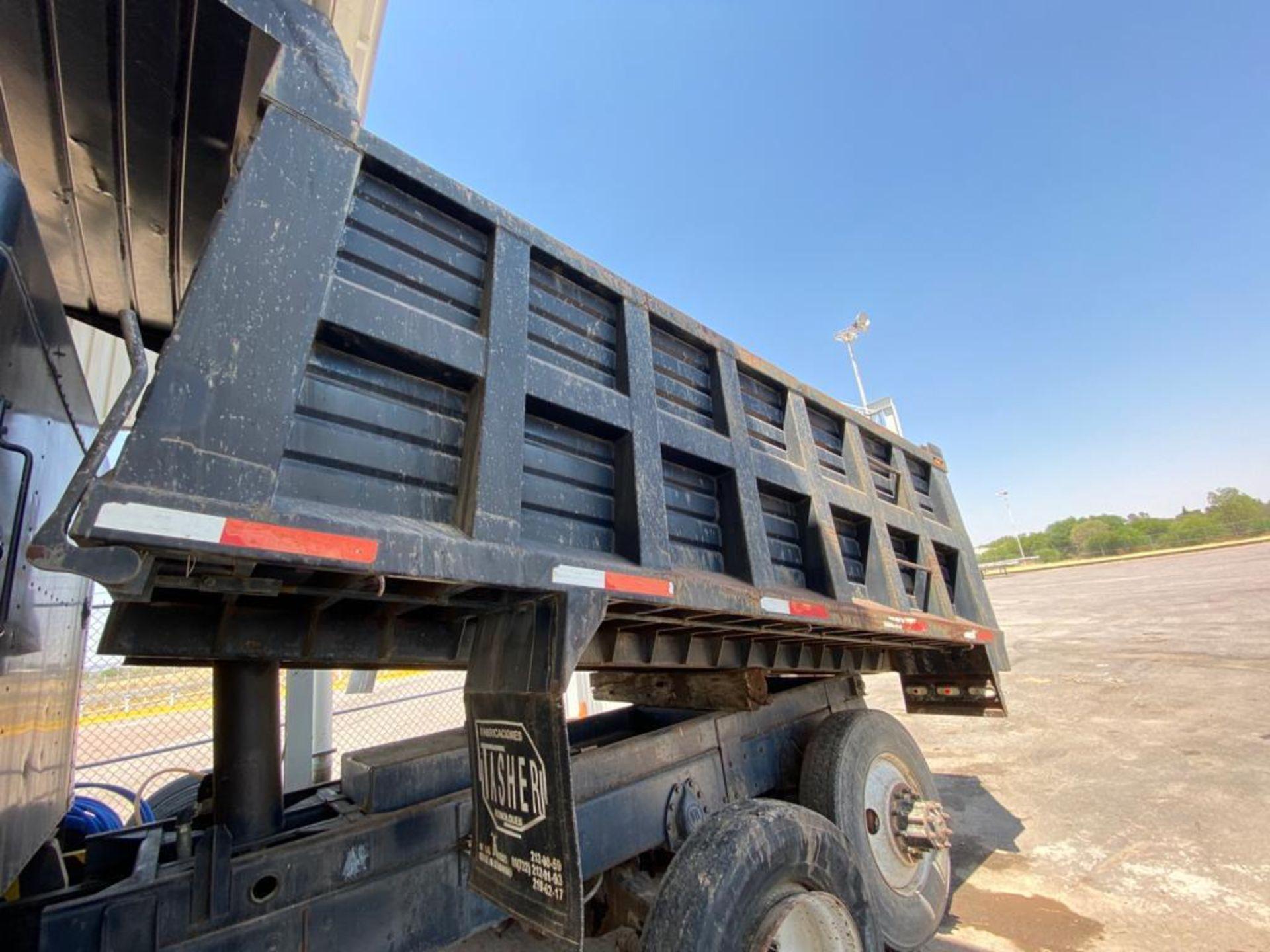 1983 Kenworth Dump Truck, standard transmission of 10 speeds, with Cummins motor - Image 17 of 68
