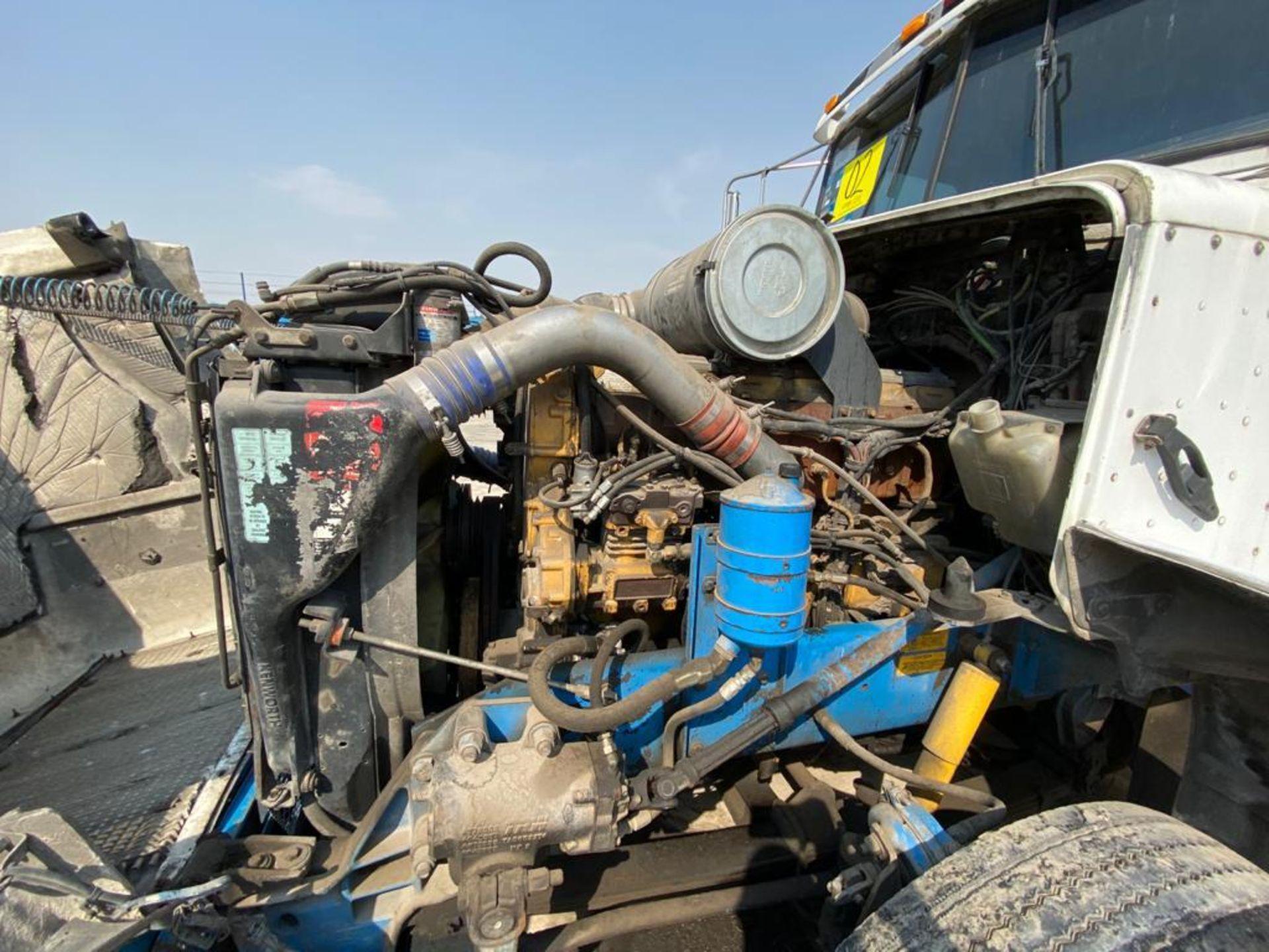 1999 Kenworth Sleeper truck tractor, standard transmission of 18 speeds - Image 69 of 75