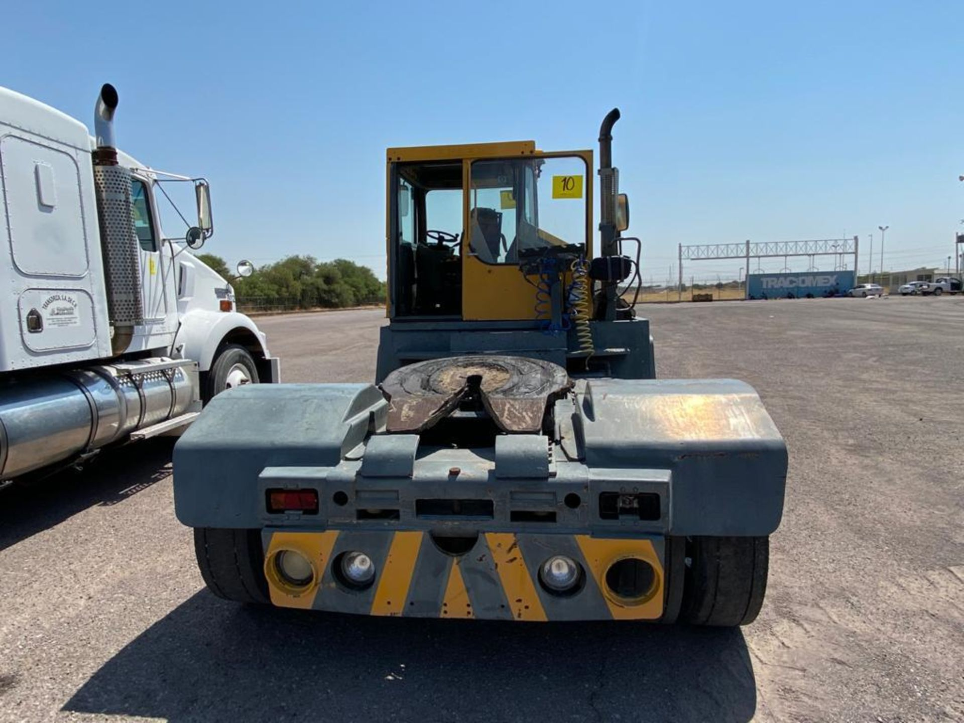 Terberg Capacity 2002 Terminal Tractor, automatic transmission, with Volvo motor - Image 6 of 28