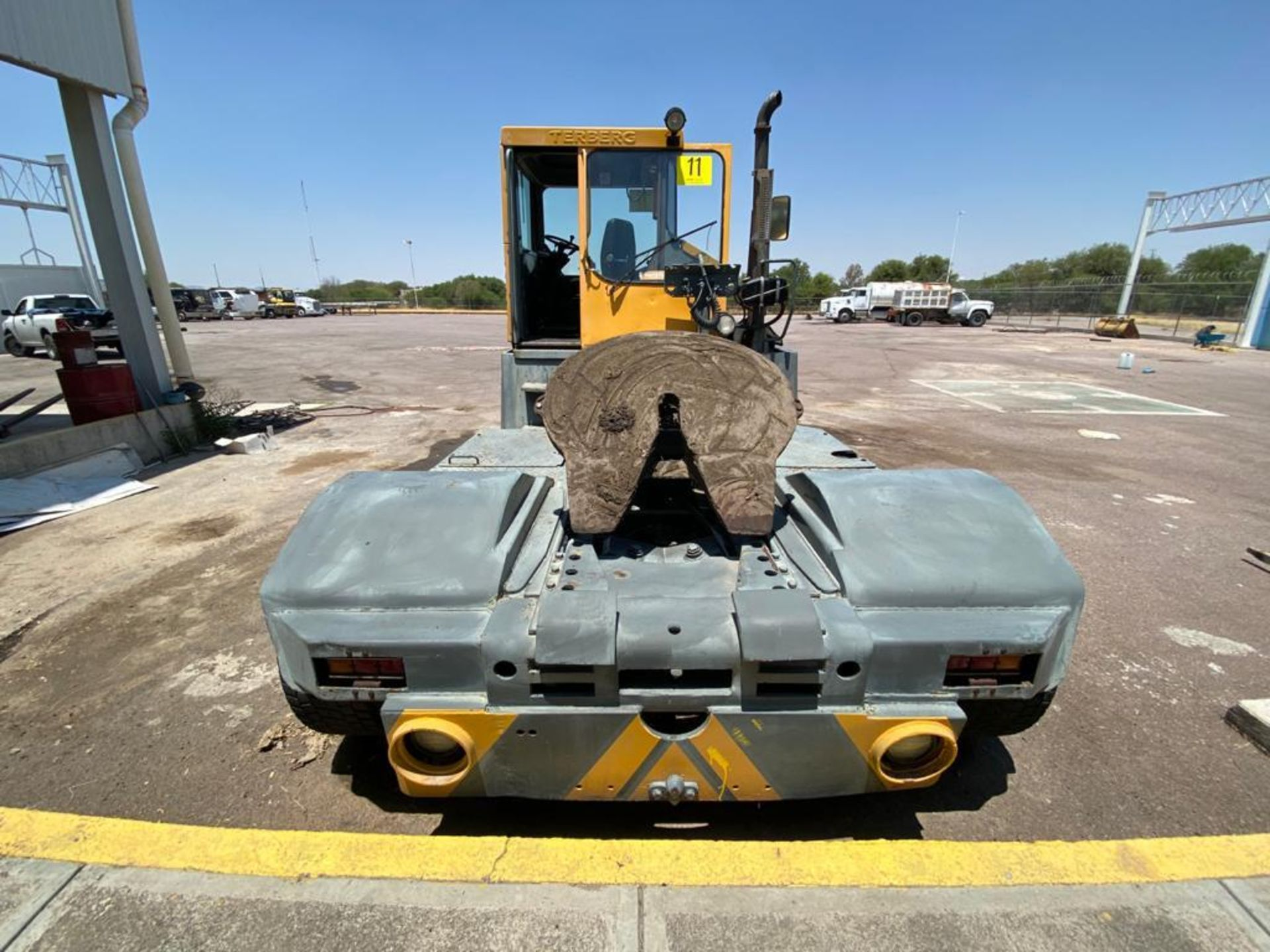 Terberg Capacity 2002 Terminal Tractor, automatic transmission, with Volvo motor - Image 14 of 57