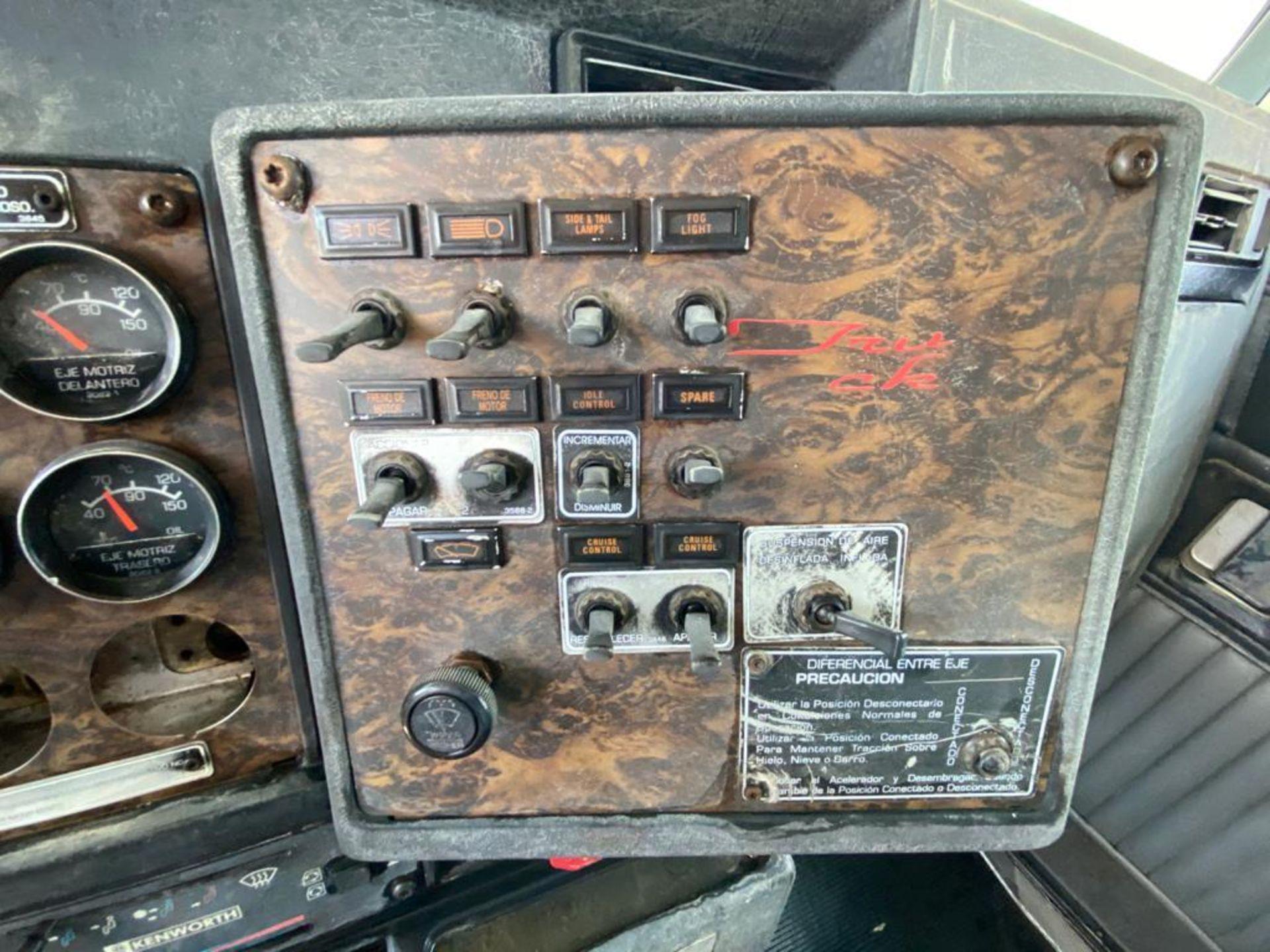 1998 Kenworth 5000 Gallon, standard transmission of 16 speeds - Image 29 of 68