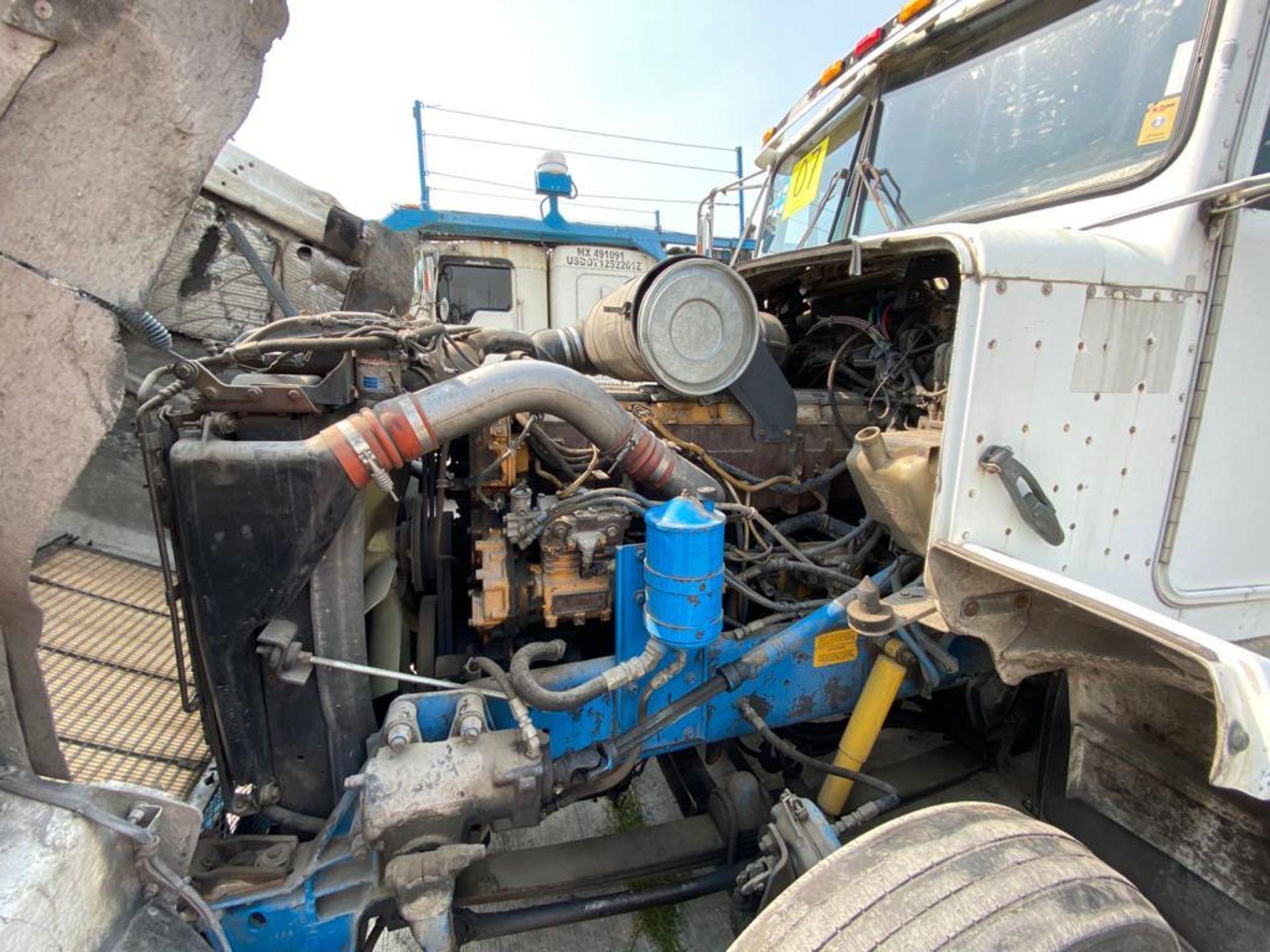 1999 Kenworth Sleeper truck tractor, standard transmission of 18 speeds - Image 53 of 72