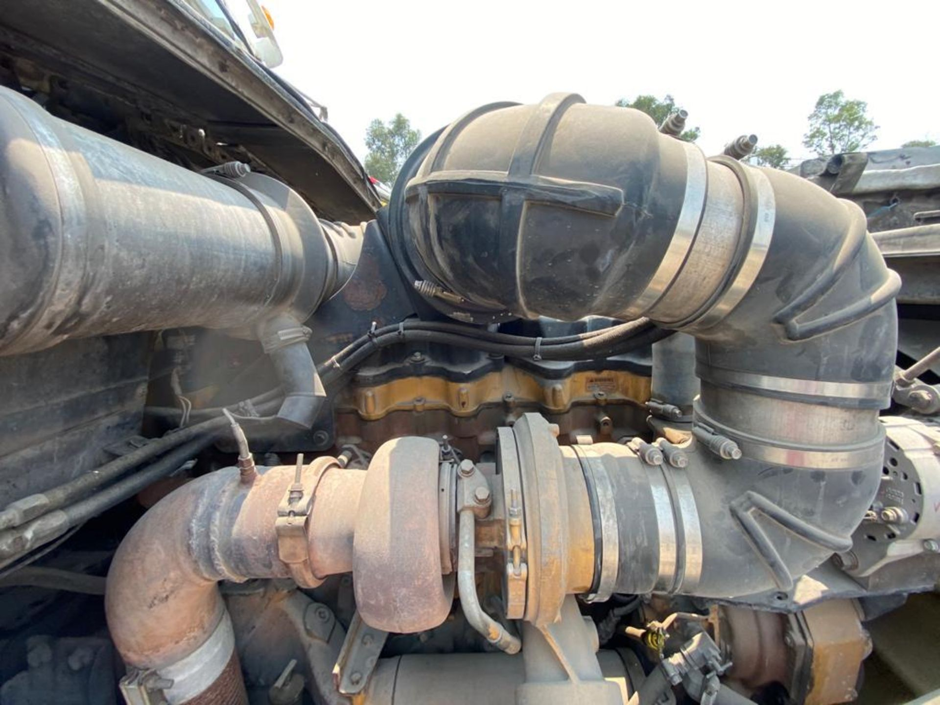 1999 Kenworth Sleeper truck tractor, standard transmission of 18 speeds - Image 64 of 70