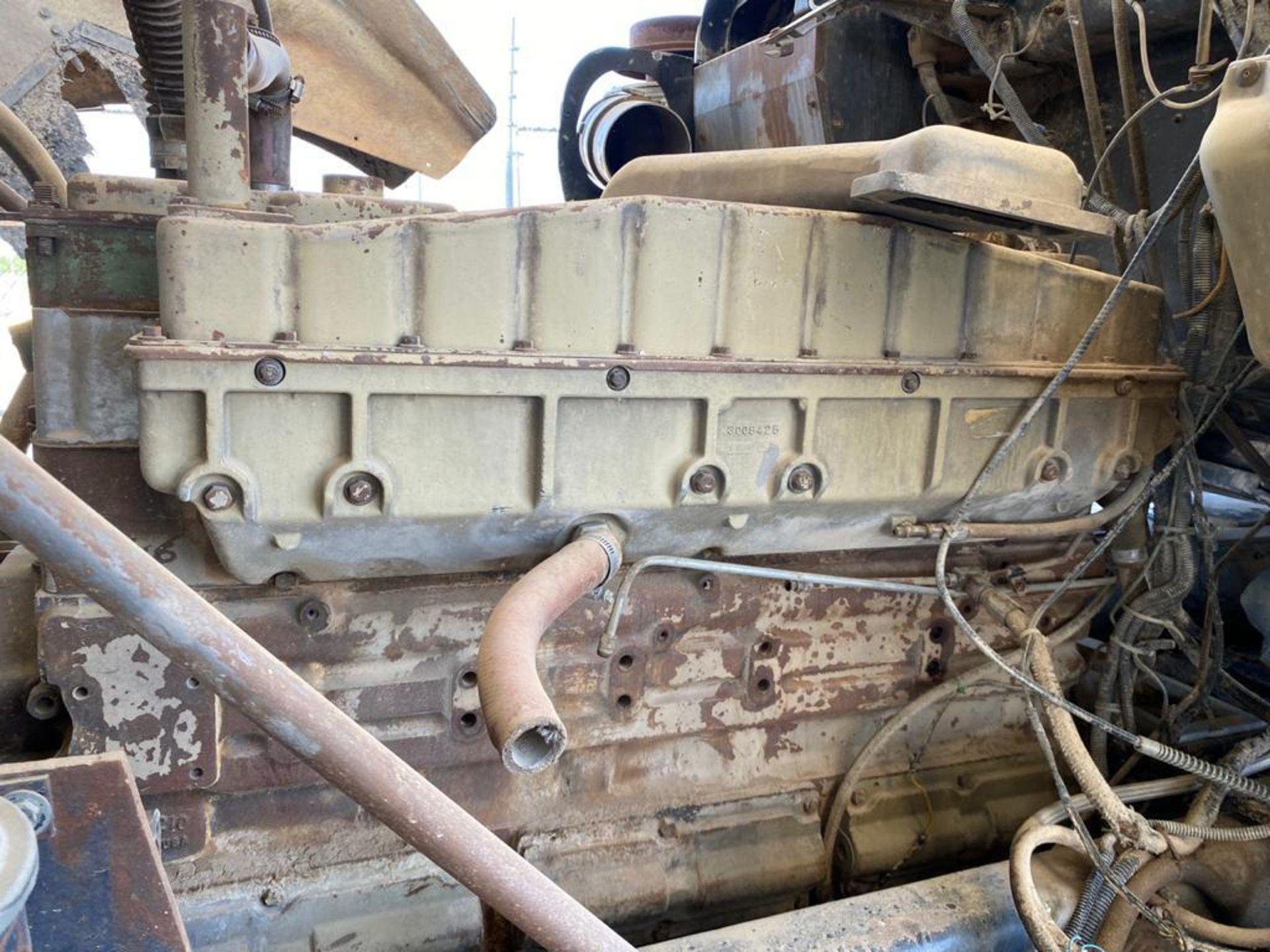 1983 Kenworth Dump Truck, standard transmission of 10 speeds, with Cummins motor - Image 44 of 68