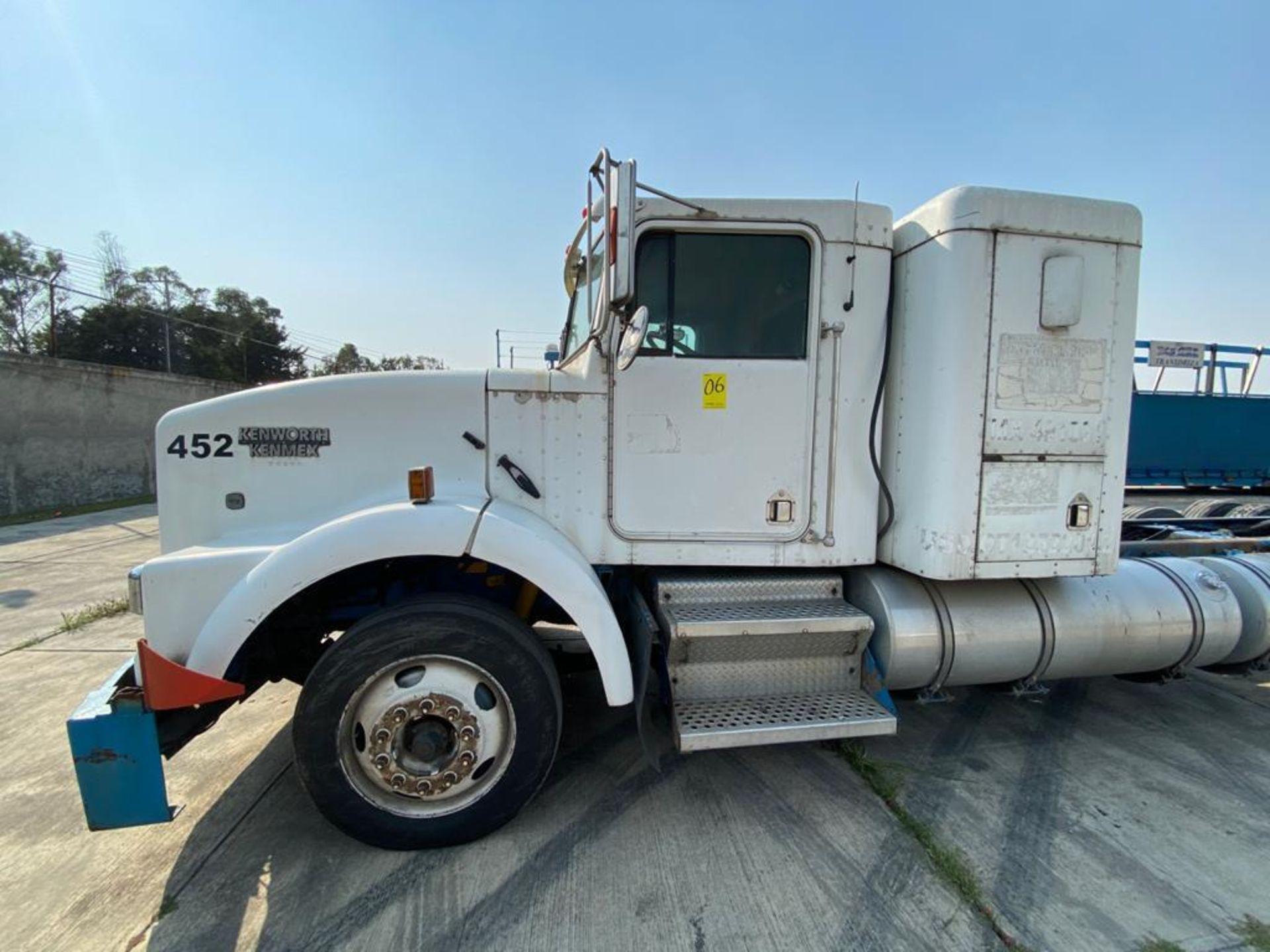 1998 Kenworth Sleeper truck tractor, standard transmission of 18 speeds - Image 56 of 75