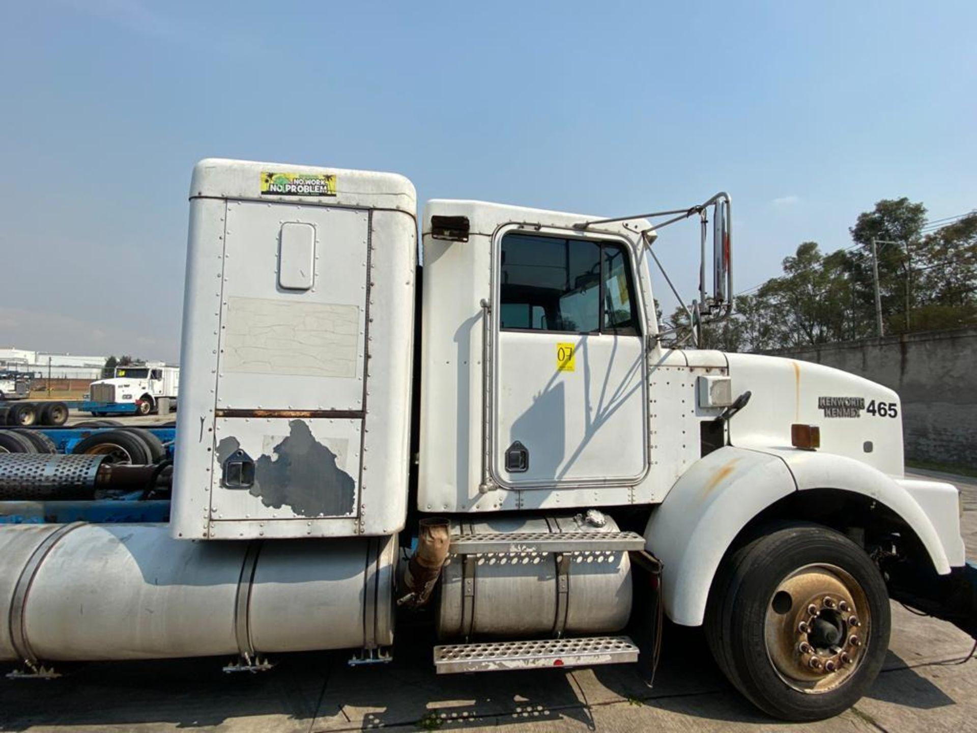1999 Kenworth Sleeper truck tractor, standard transmission of 18 speeds - Image 52 of 72