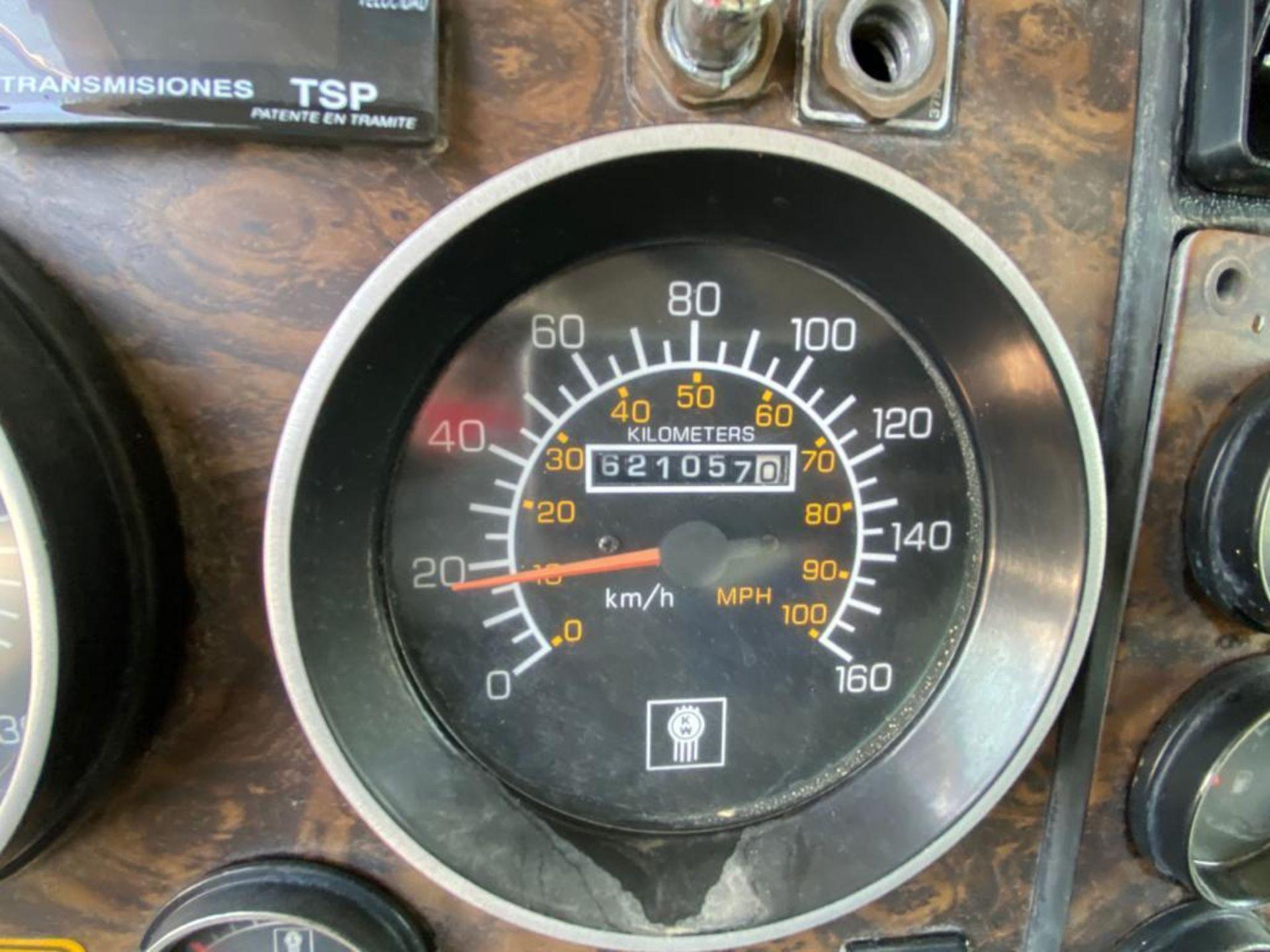 1998 Kenworth 5000 Gallon, standard transmission of 16 speeds - Image 37 of 68