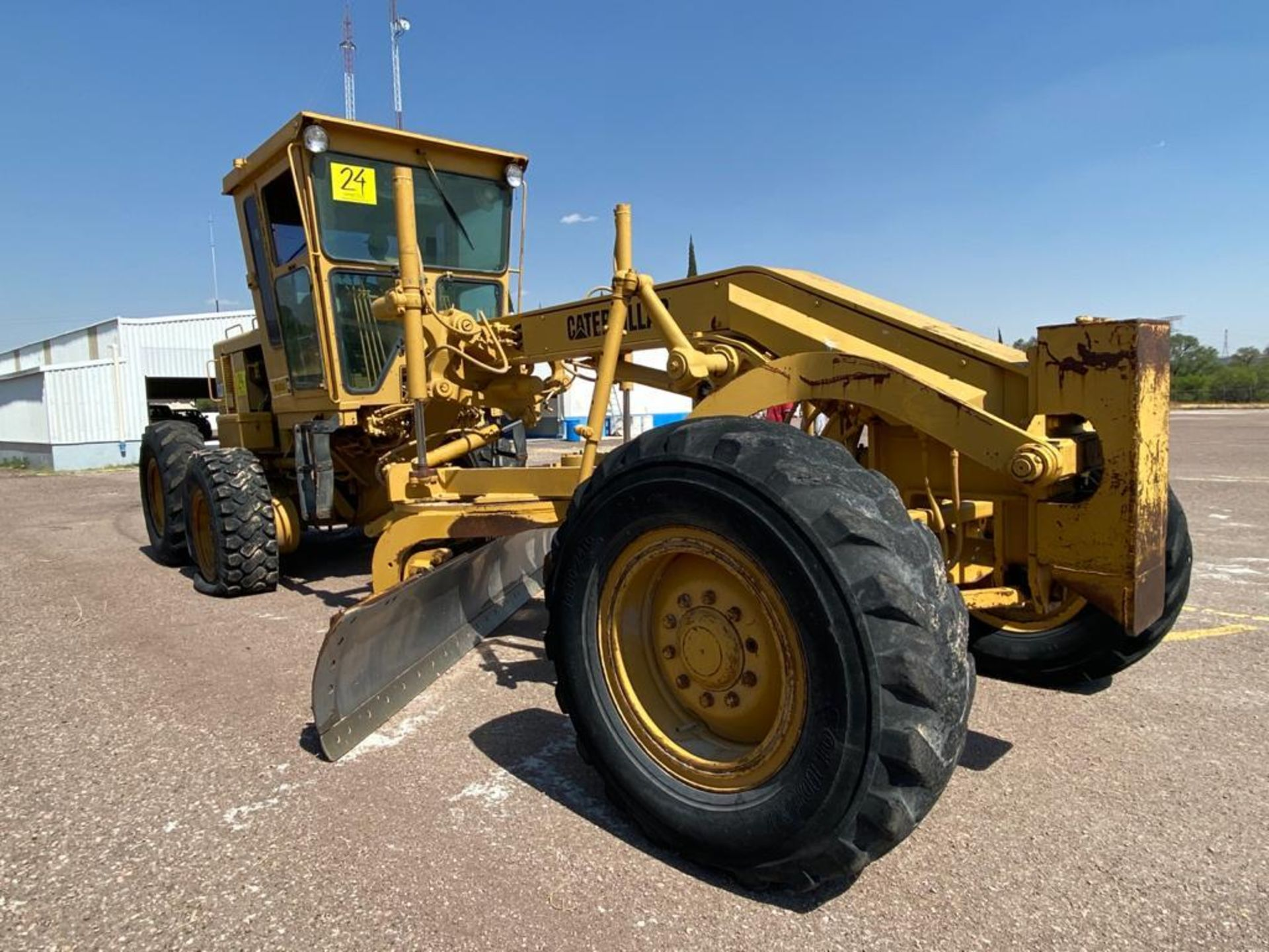 Caterpillar 120G Motor Grader, Serial number 87V09646, Motor number PQ883-2/07Z28983 - Image 3 of 61