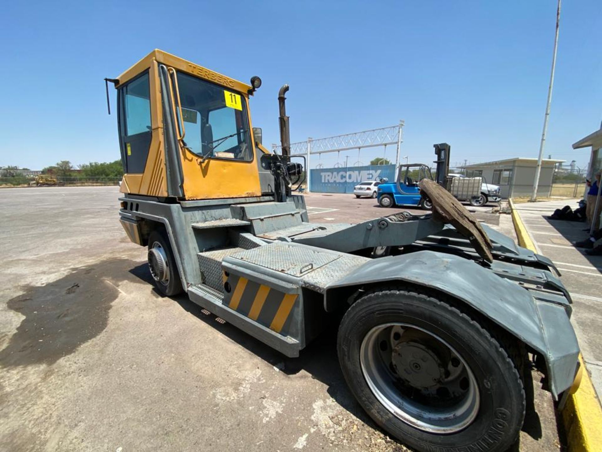 Terberg Capacity 2002 Terminal Tractor, automatic transmission, with Volvo motor - Image 32 of 57