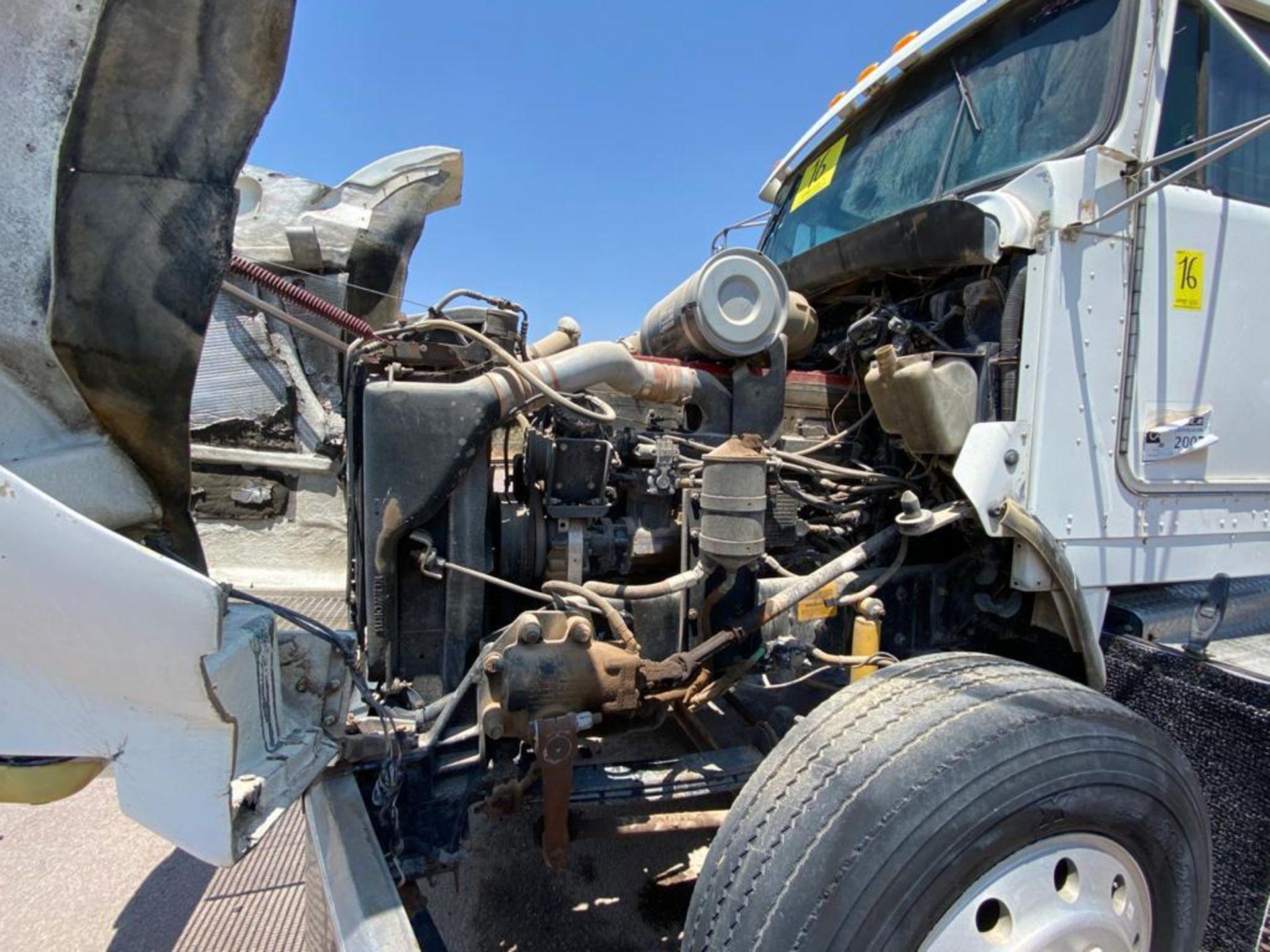 1998 Kenworth 5000 Gallon, standard transmission of 16 speeds - Image 51 of 68