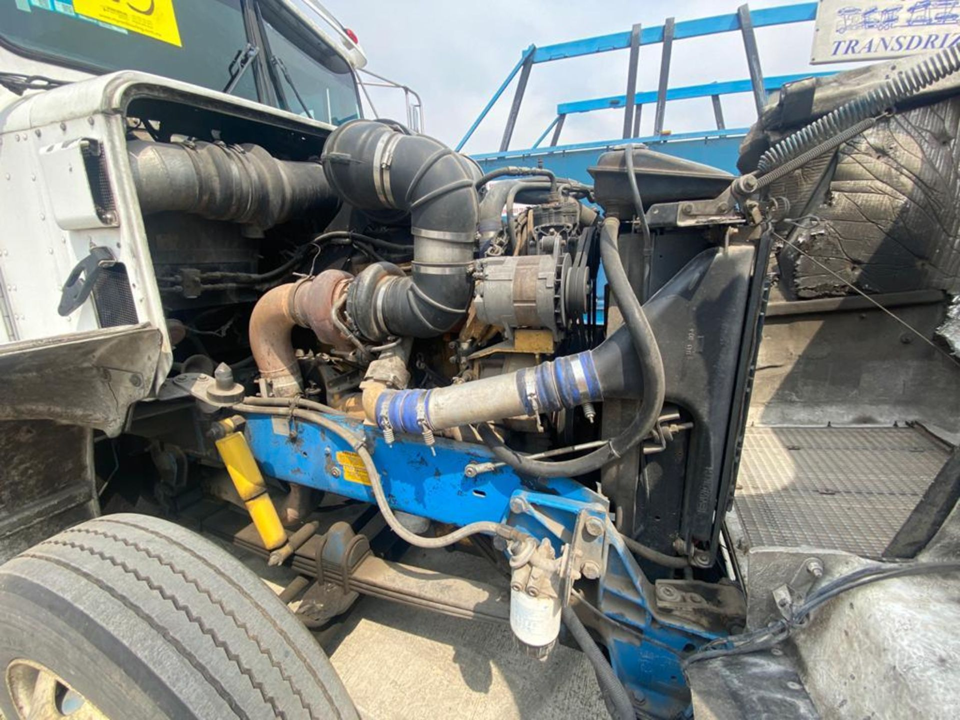 1999 Kenworth Sleeper truck tractor, standard transmission of 18 speeds - Image 49 of 62