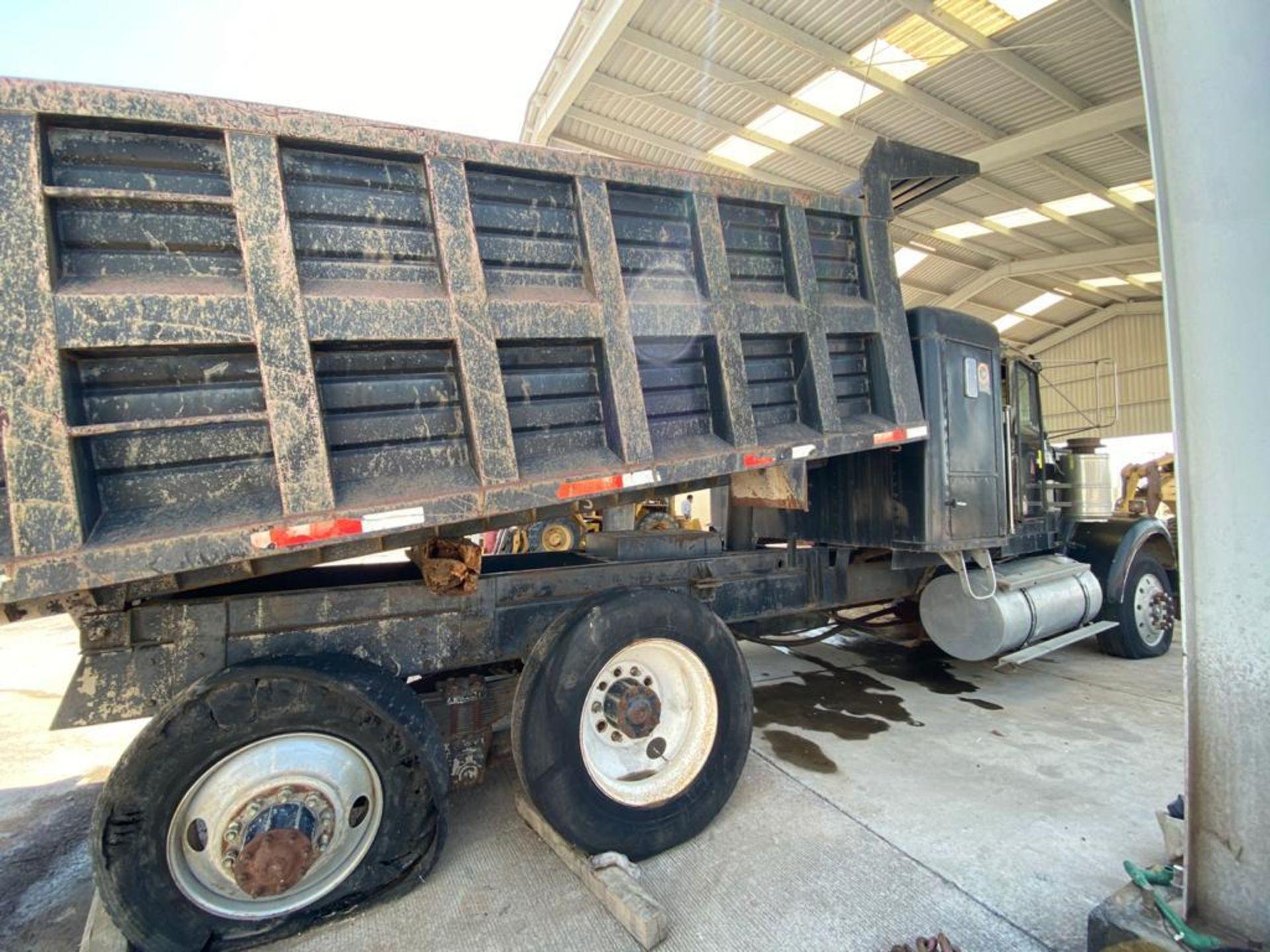 1983 Kenworth Dump Truck, standard transmission of 10 speeds, with Cummins motor - Image 15 of 68