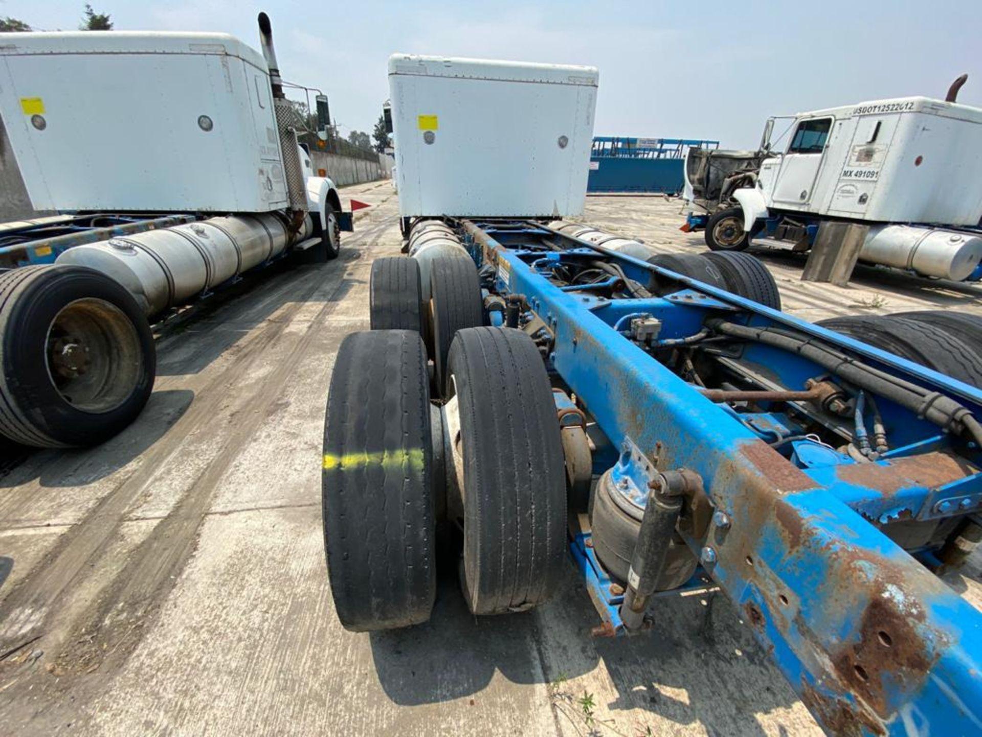 1999 Kenworth Sleeper truck tractor, standard transmission of 18 speeds - Image 17 of 70