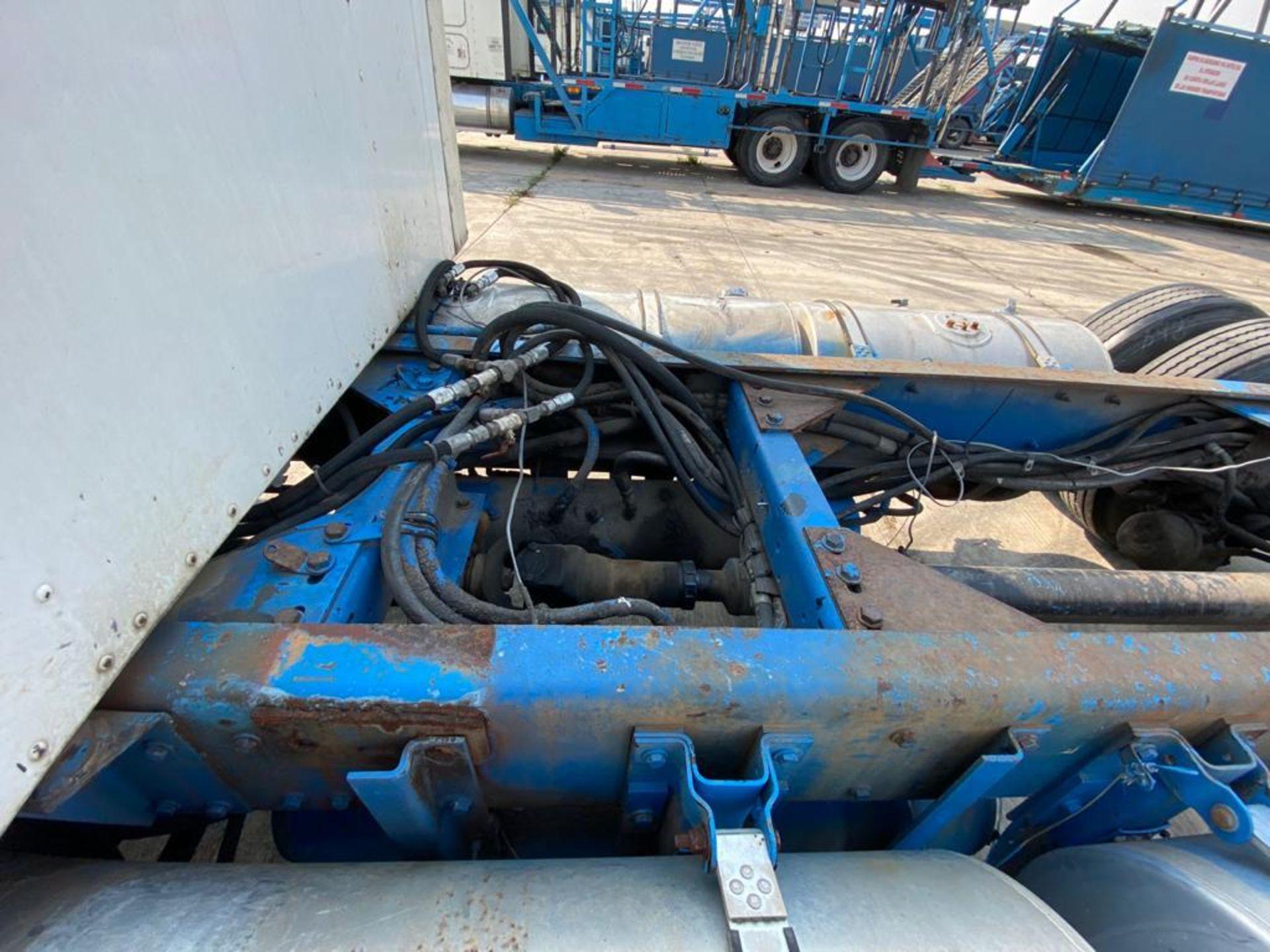 1998 Kenworth Sleeper truck tractor, standard transmission of 18 speeds - Image 13 of 75