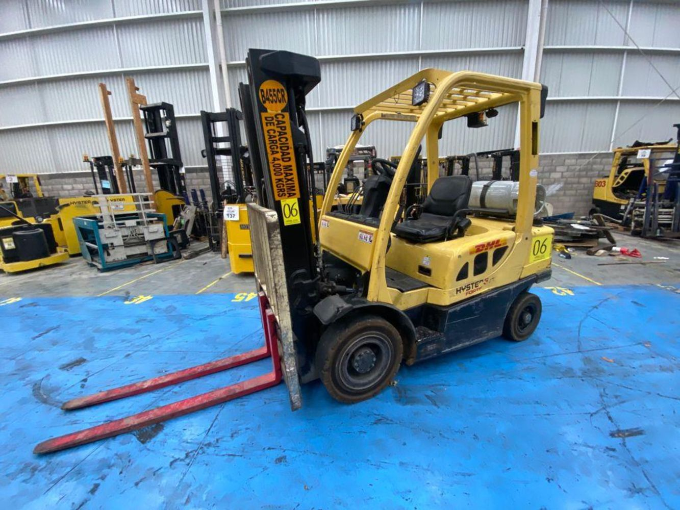 More than 70 YALE and HYSTER Forklifts  - Excellent condition!!!