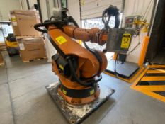 Kuka Articulated Robot, Model 0000107295, type KR 210 2000, Serial 812777, year 2005