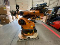 Kuka Articulated Robot, Model 0000107295, type KR 210 2000, Serial 812778, year 2005