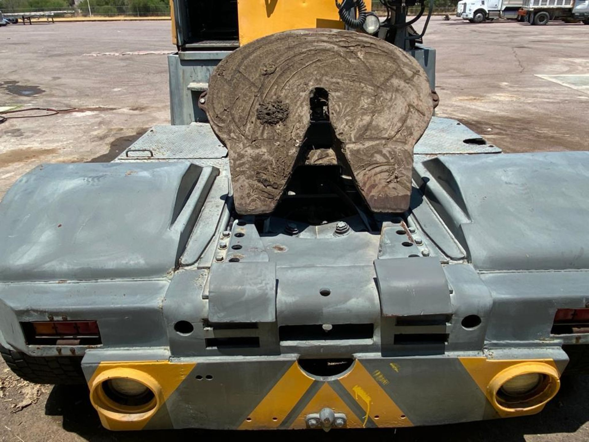 Terberg Capacity 2002 Terminal Tractor, automatic transmission - Image 13 of 57