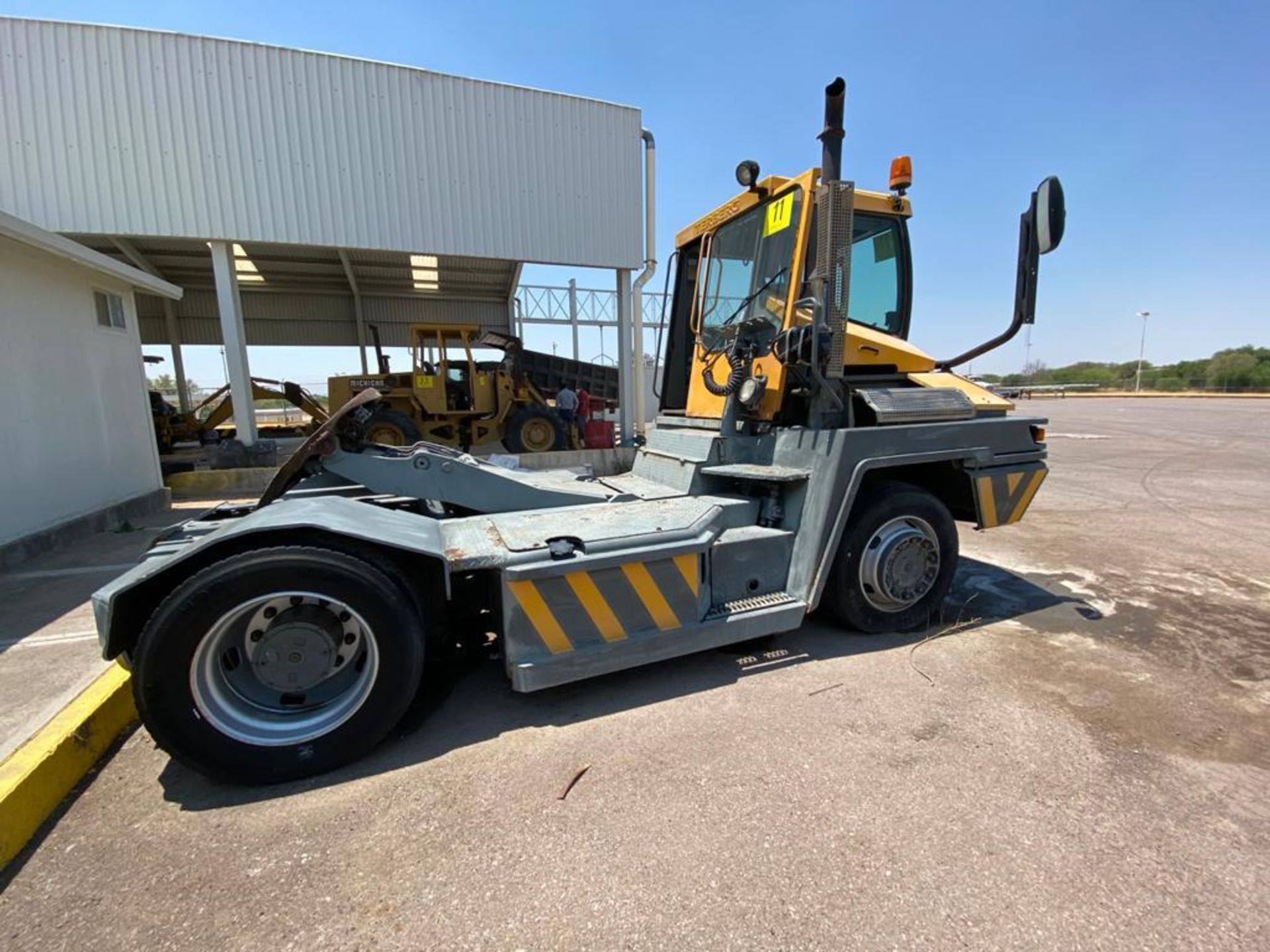 Terberg Capacity 2002 Terminal Tractor, automatic transmission - Image 17 of 57