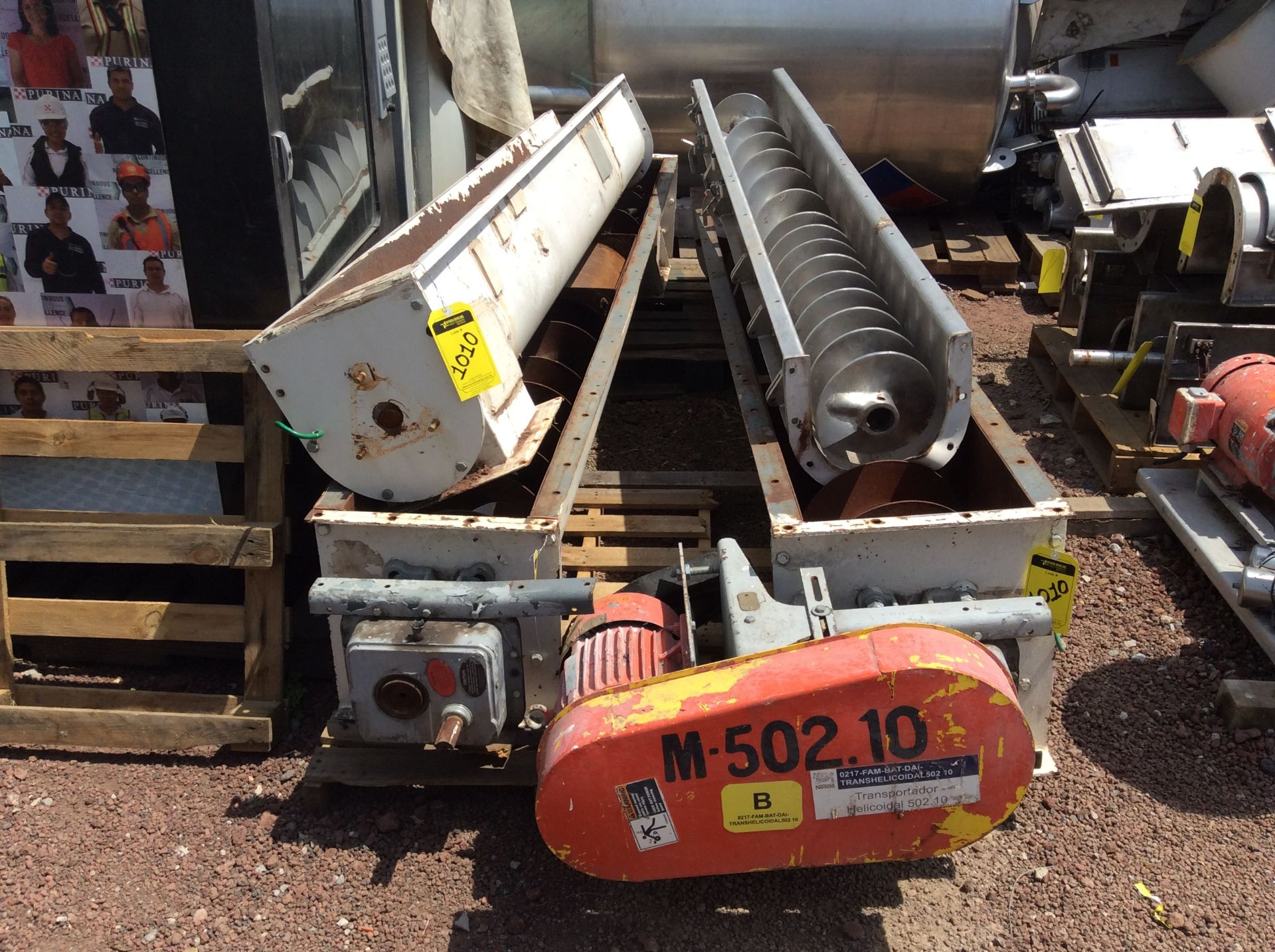 4 helical conveyors, includes 1 geared motor. Please inspect - Image 4 of 11