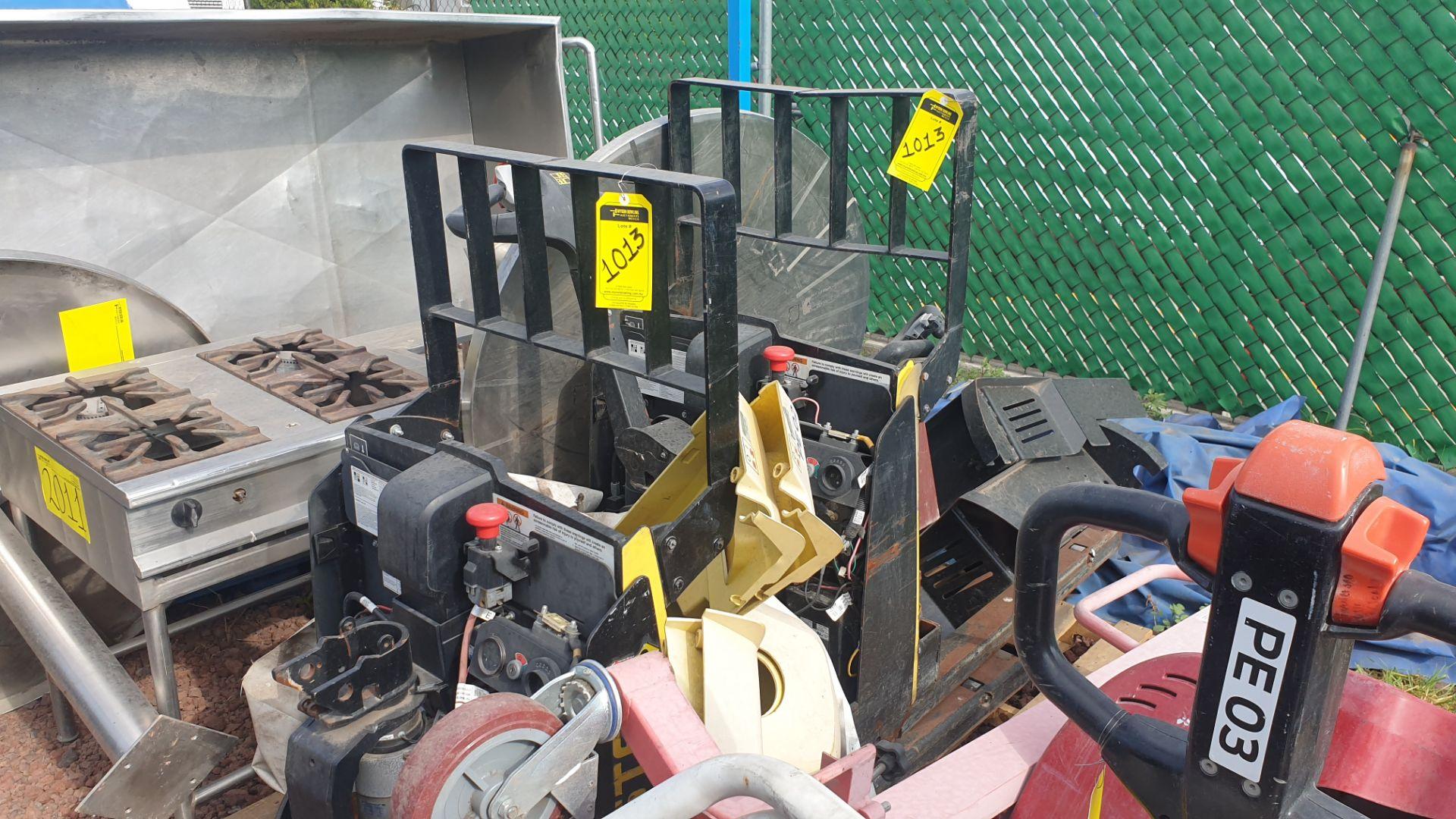 2 HYSTER lift pallet truck model W45ZHD 24 V , 1 DAYTON lift pallet truck model 21XV82 - Image 3 of 21