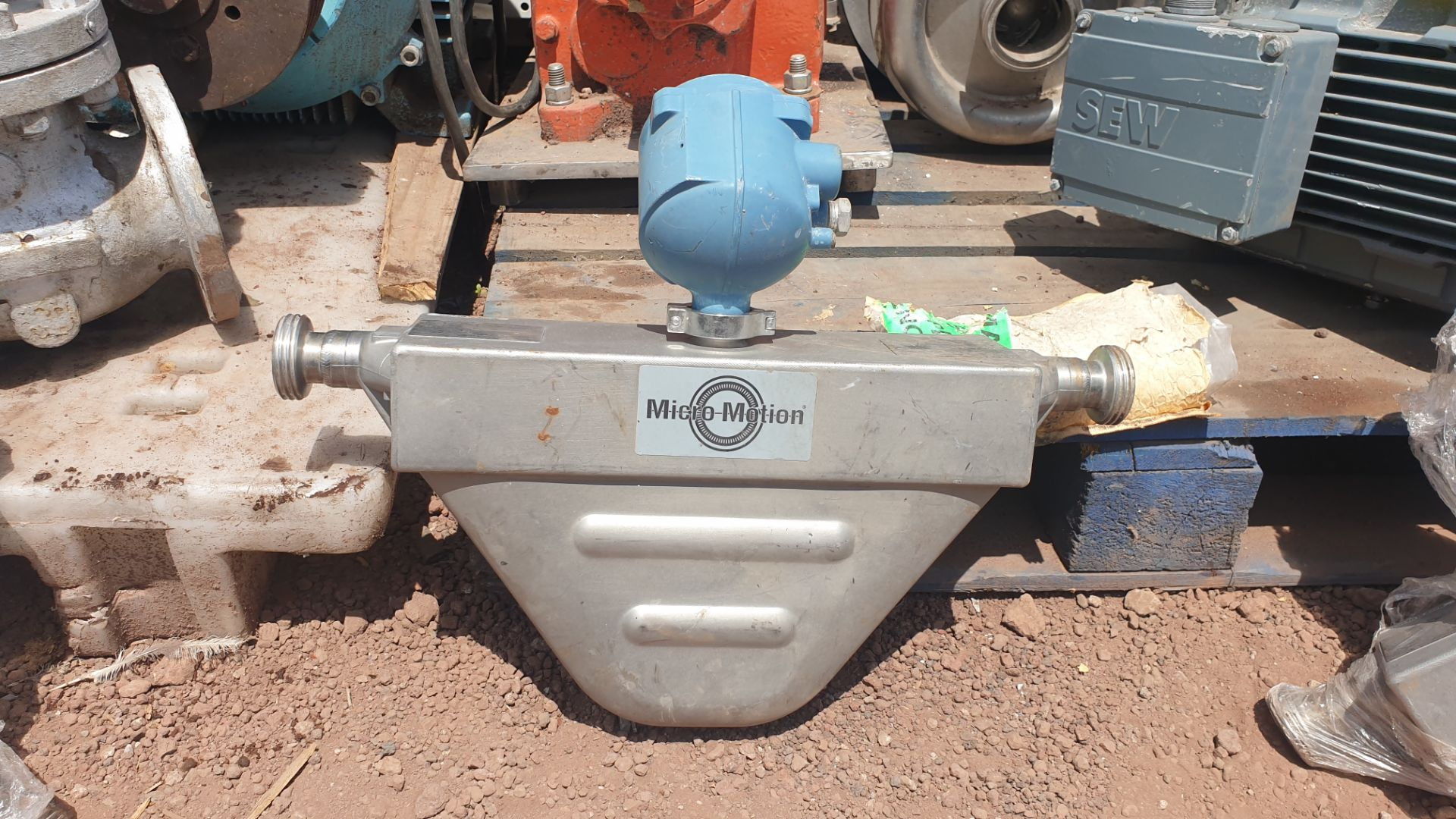 Micromotion Flow meter, model F100S230C2BMSZZZZ NS 14638390 2016 - Image 7 of 9