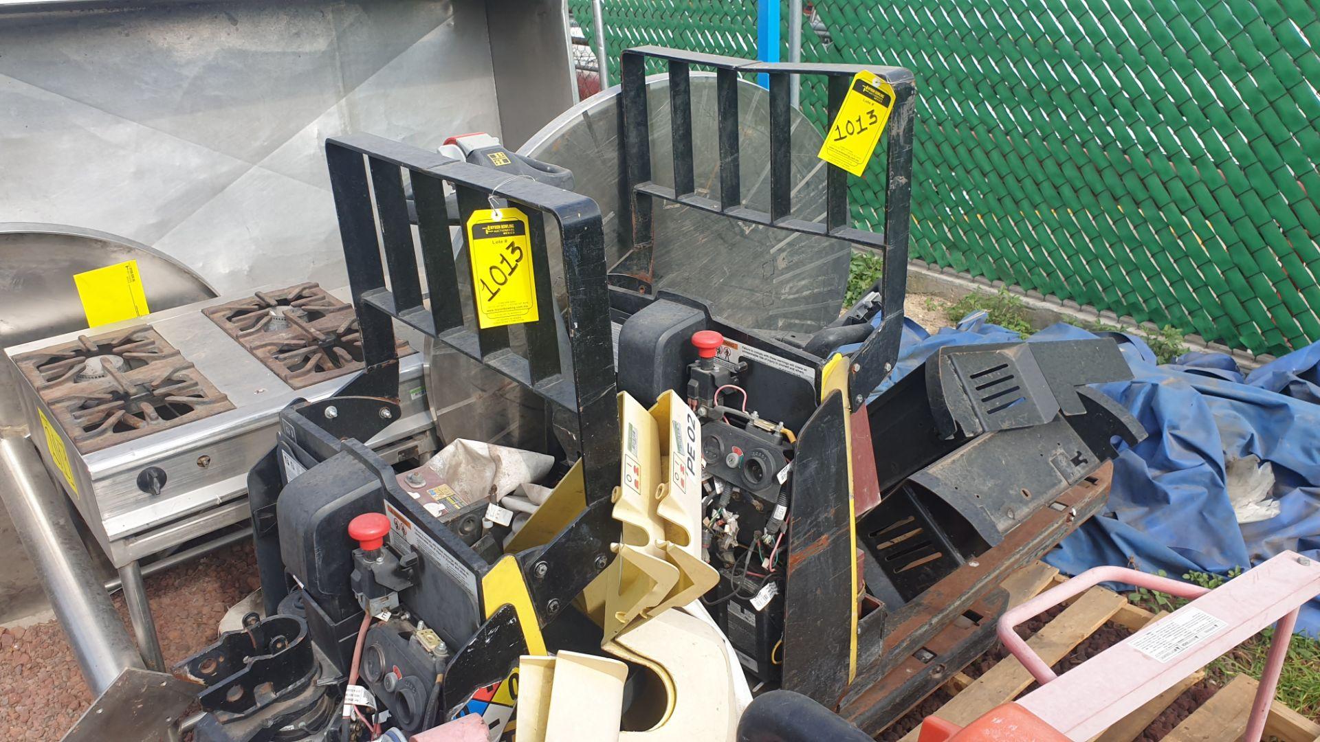 2 HYSTER lift pallet truck model W45ZHD 24 V , 1 DAYTON lift pallet truck model 21XV82 - Image 4 of 21