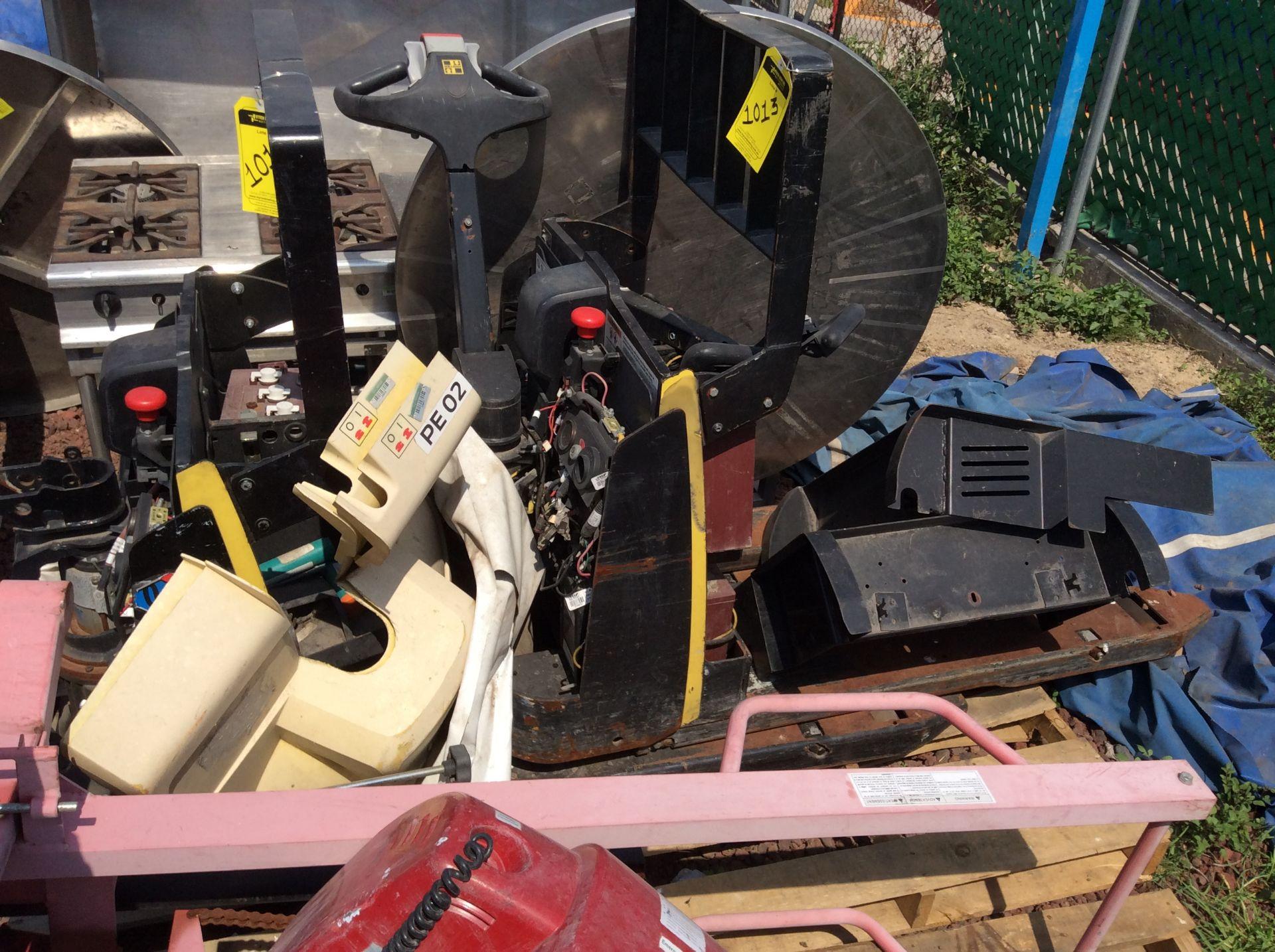 2 HYSTER lift pallet truck model W45ZHD 24 V , 1 DAYTON lift pallet truck model 21XV82 - Image 20 of 21