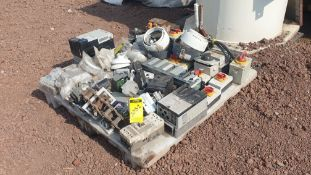 Lot of various spare parts, Switches, Controllers, Selectors, Festo Thermomagnetic Units.
