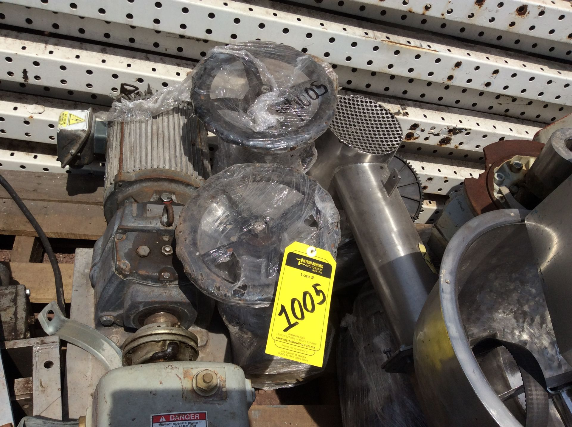 3 Walworth gate valves of three inches - Image 9 of 13