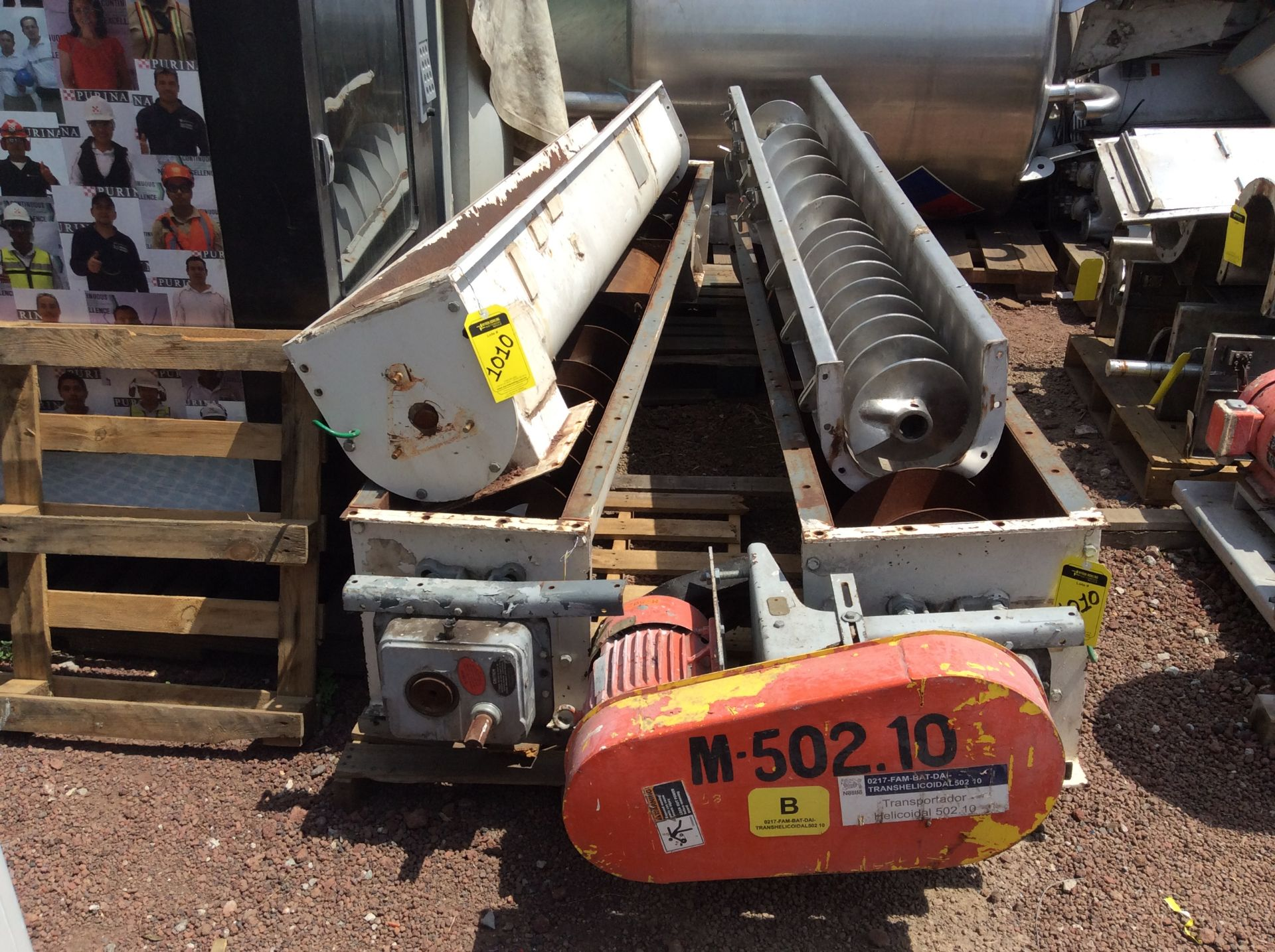 4 helical conveyors, includes 1 geared motor. Please inspect - Image 5 of 11