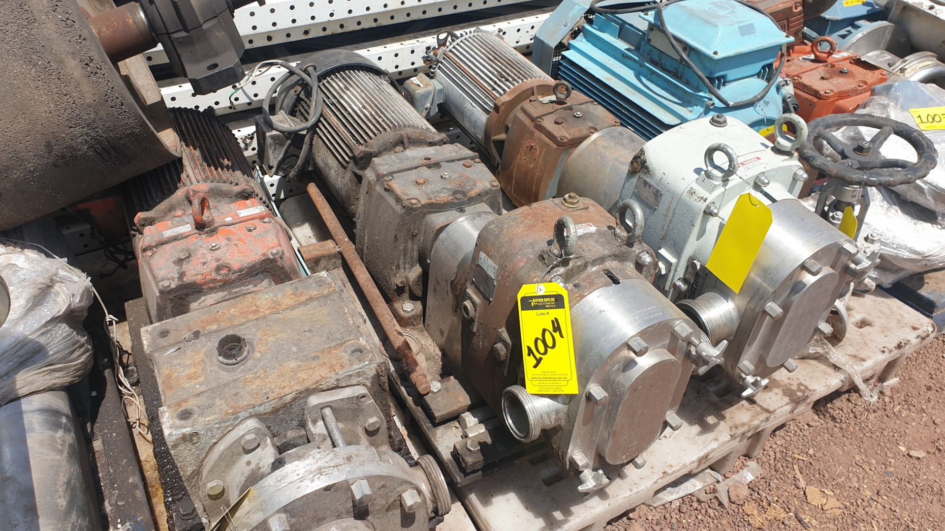 Fristam Lobe pump, model FKL75A serial number FKL75A1315303 includes motor - Image 9 of 9