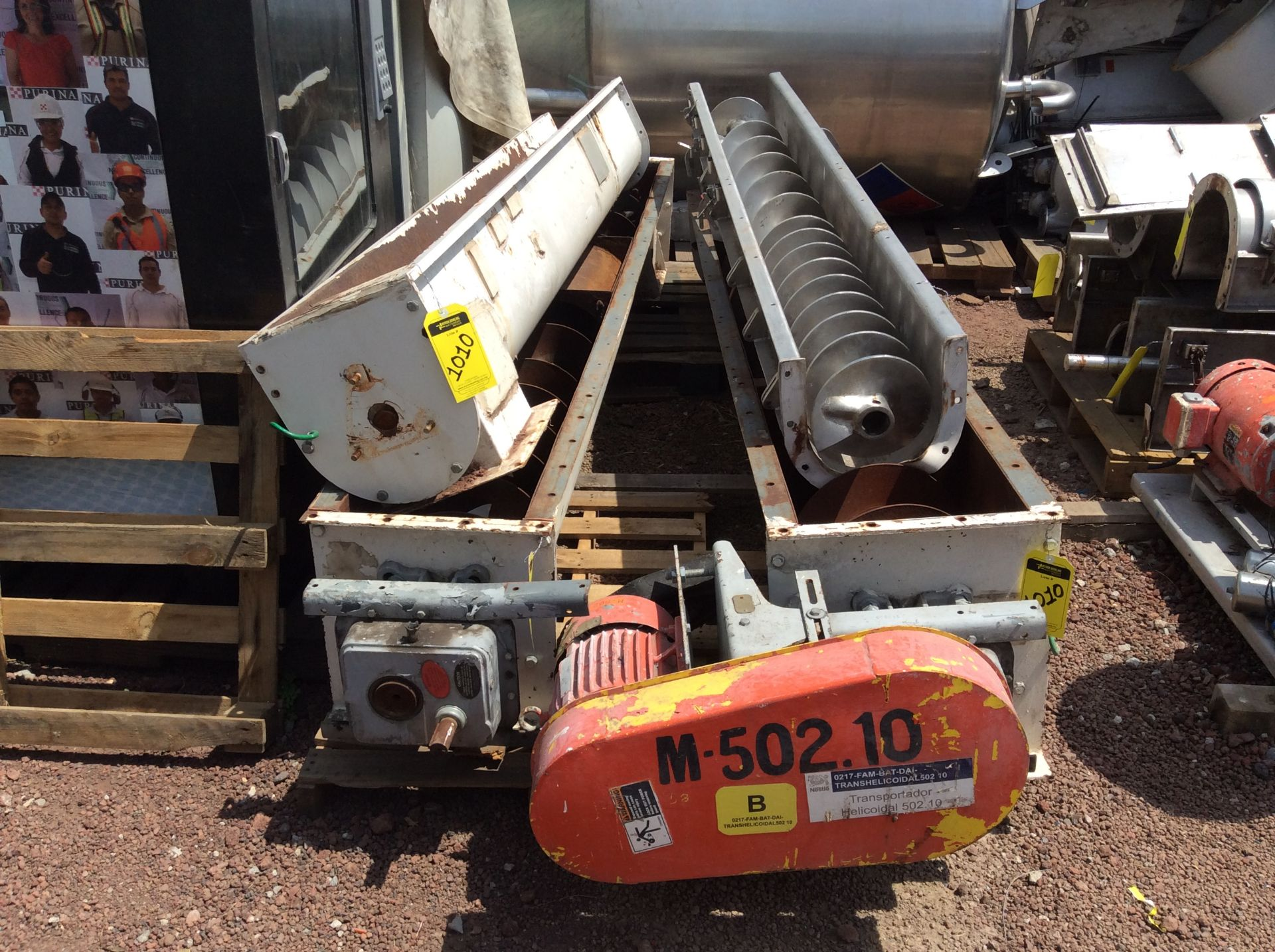 4 helical conveyors, includes 1 geared motor. Please inspect - Image 3 of 11