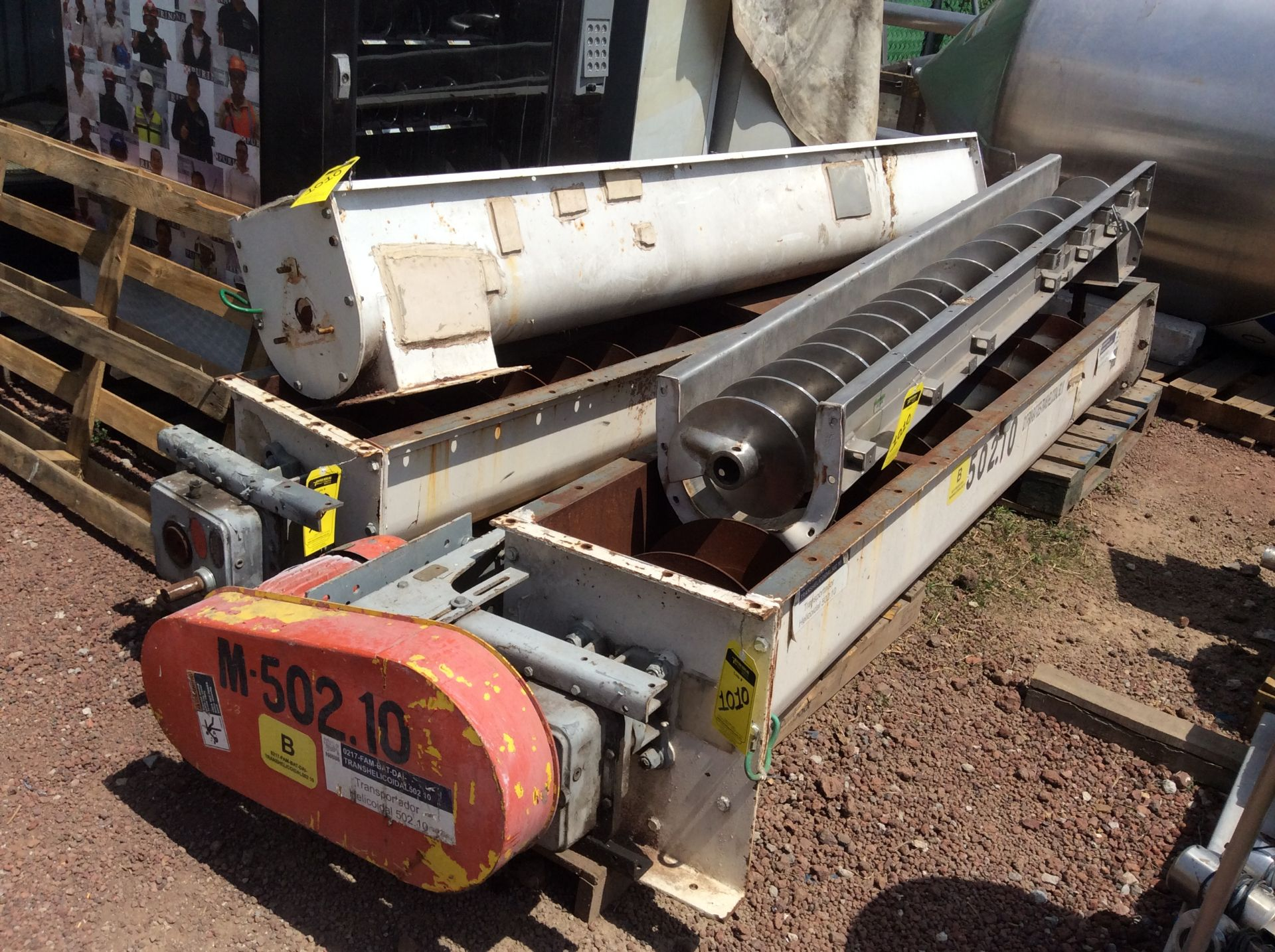 4 helical conveyors, includes 1 geared motor. Please inspect - Image 11 of 11