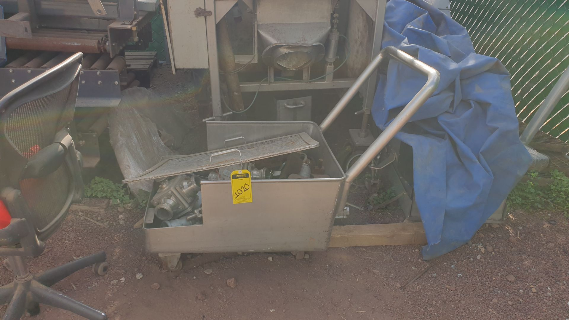 Side & Site system includes conveyor car with connection valves and figure cutters all in stainless - Image 7 of 7