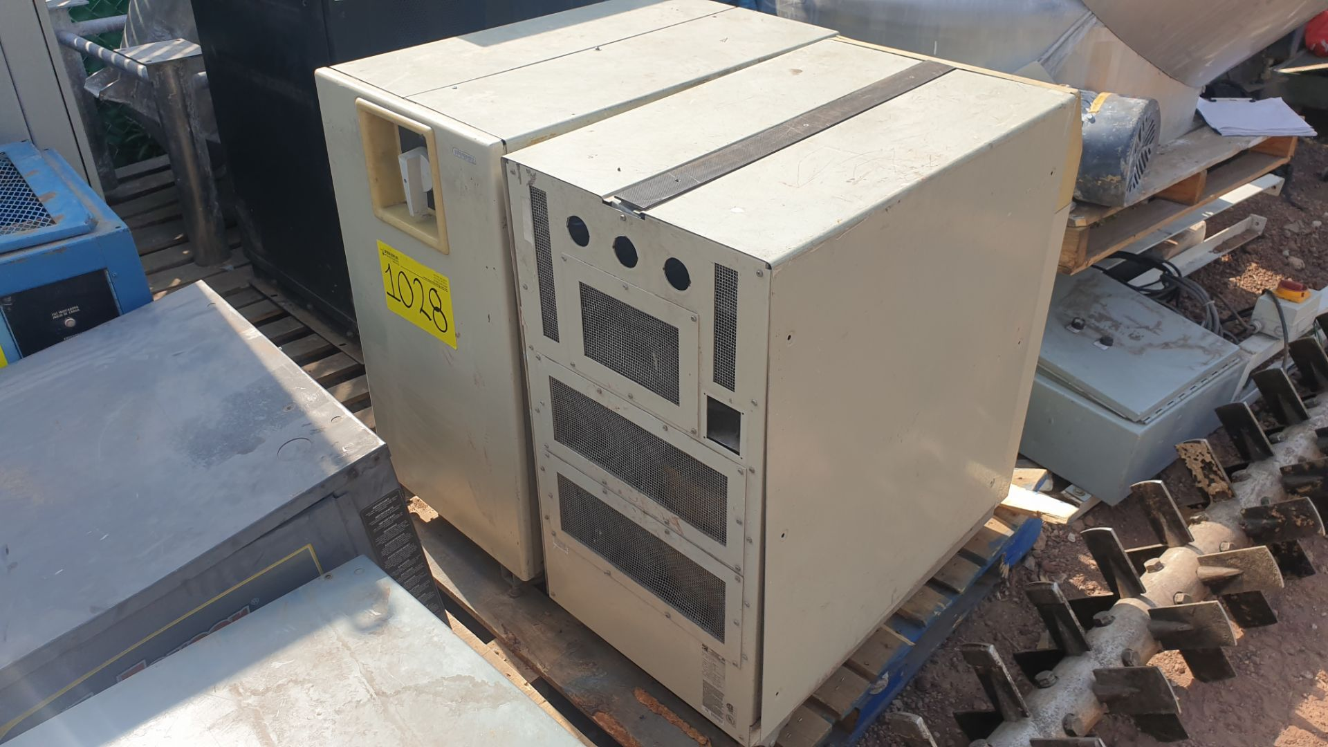 1 Ferrups Power bank system model FD10KVA 208-240V includes Lortec UPS of 3KVA - Image 7 of 11