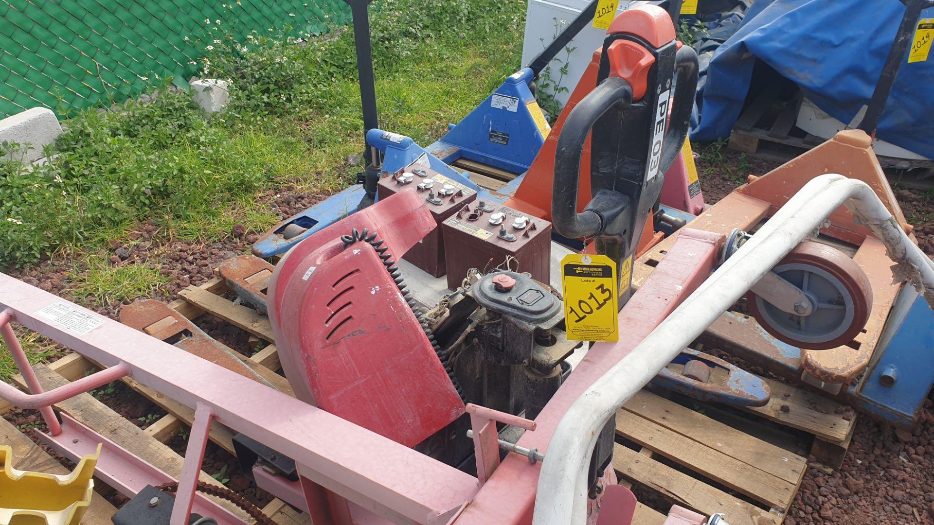2 HYSTER lift pallet truck model W45ZHD 24 V , 1 DAYTON lift pallet truck model 21XV82 - Image 7 of 21