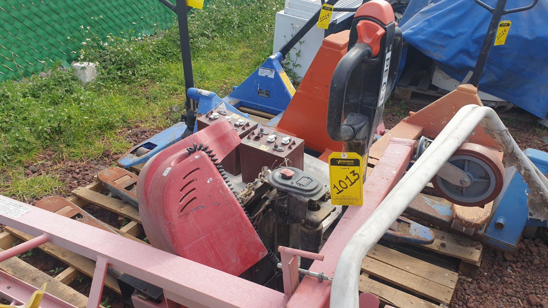 2 HYSTER lift pallet truck model W45ZHD 24 V , 1 DAYTON lift pallet truck model 21XV82 - Image 6 of 21