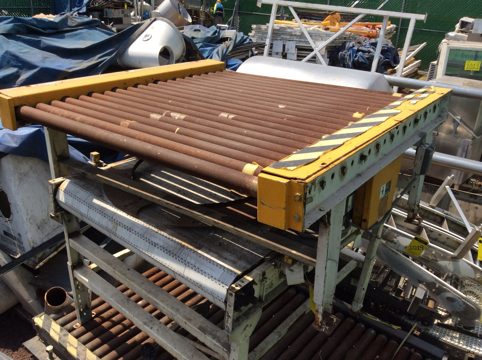 1 Roller conveyor, measures 1.37 x 1.50 x .67, 1 Conveyor measures 1.20 x 2.08x .65 - Image 4 of 8