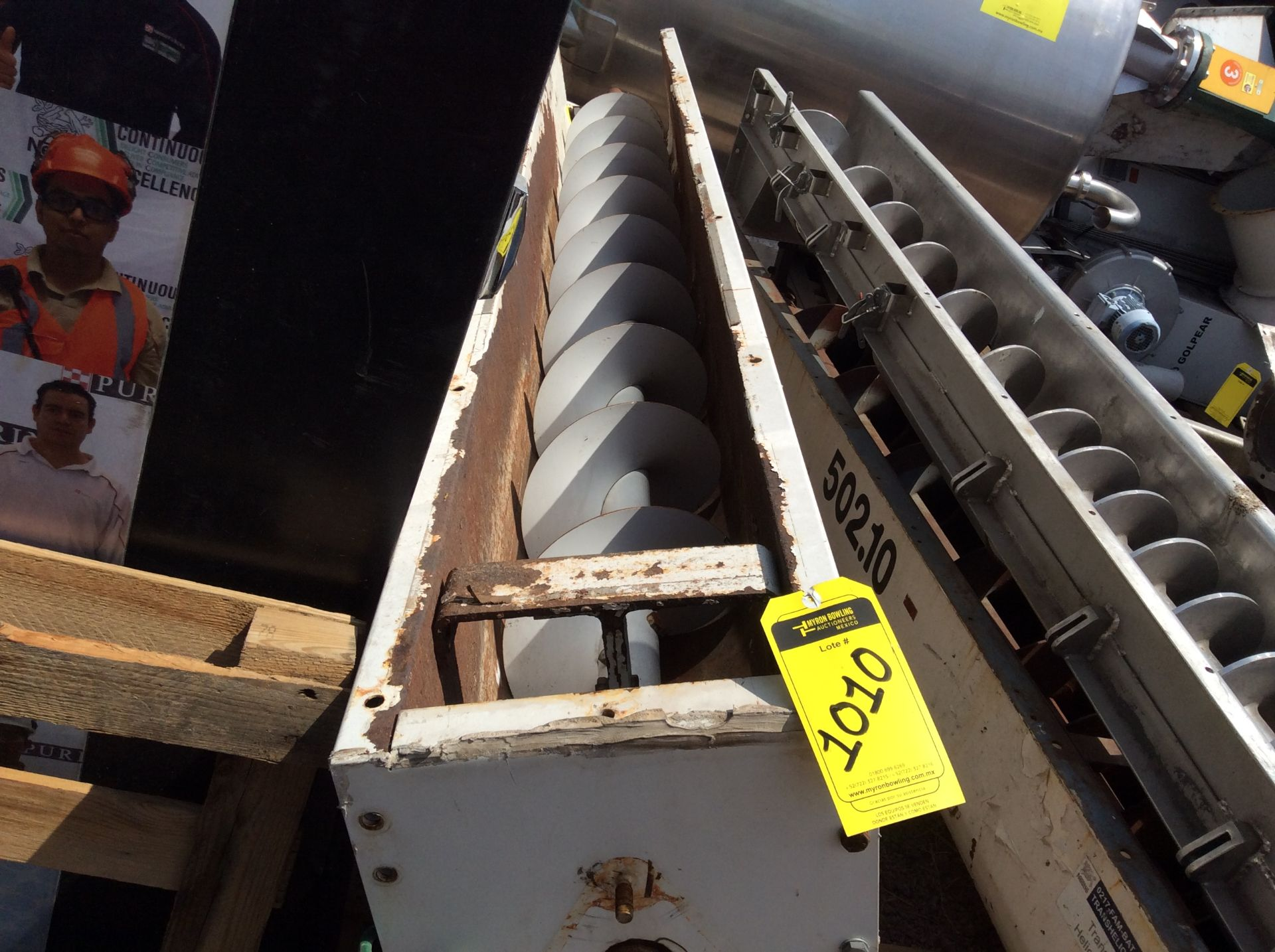 4 helical conveyors, includes 1 geared motor. Please inspect - Image 9 of 11