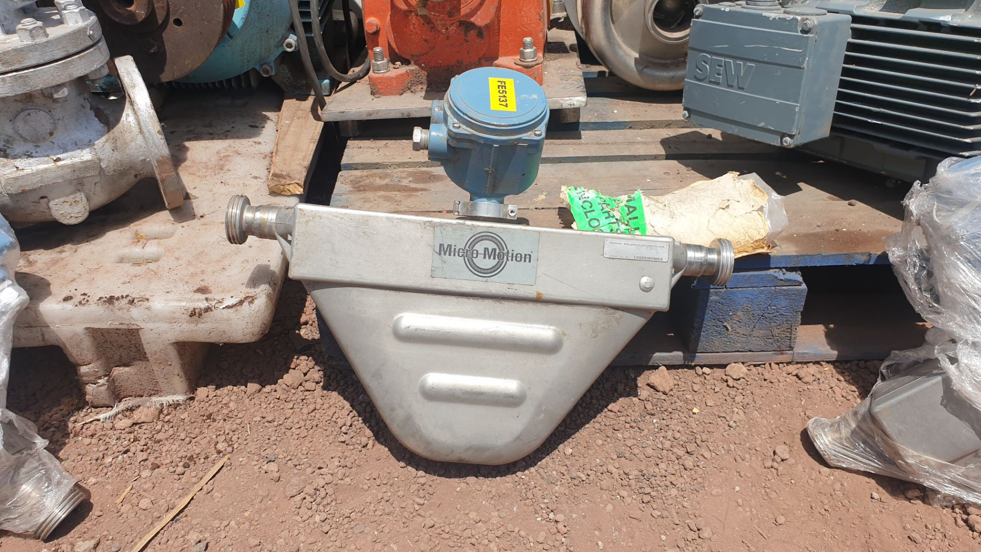 Micromotion Flow meter, model F100S230C2BMSZZZZ NS 14639520 2016 - Image 8 of 10