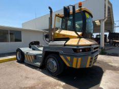 Terberg Capacity 2002 Terminal Tractor, automatic transmission