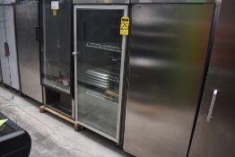 Refrigerador Marca Lux Acabado En Acero Inoxidable Y Puerta De Cristal, Modelo Luxgn650btg